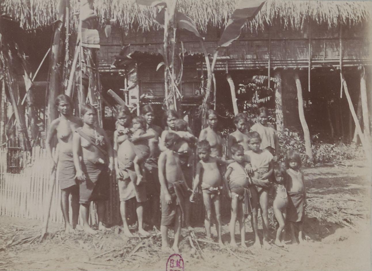 Группа халангов (Буг-Нхай)