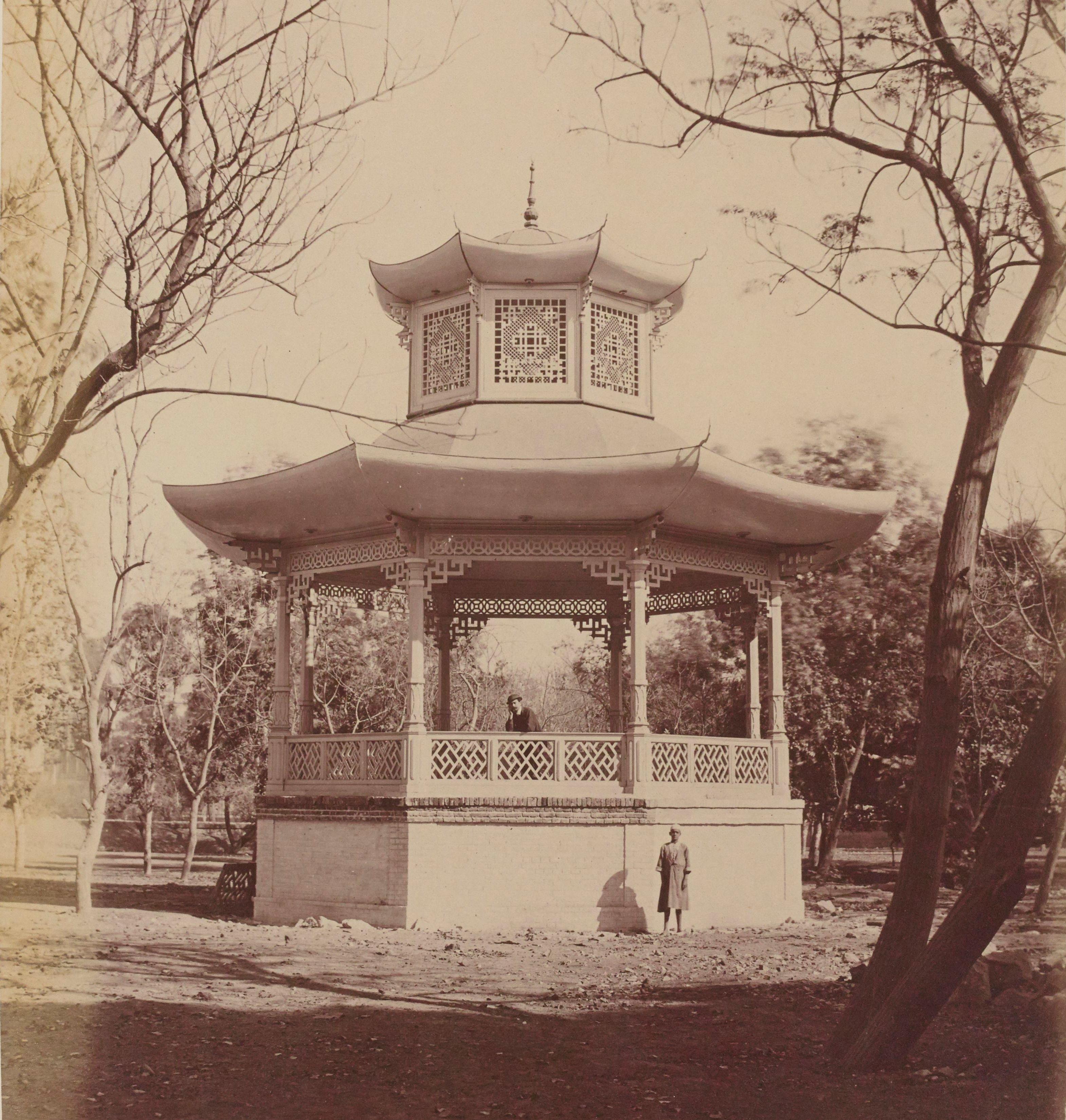 09. Киоск в саду Эзбекия