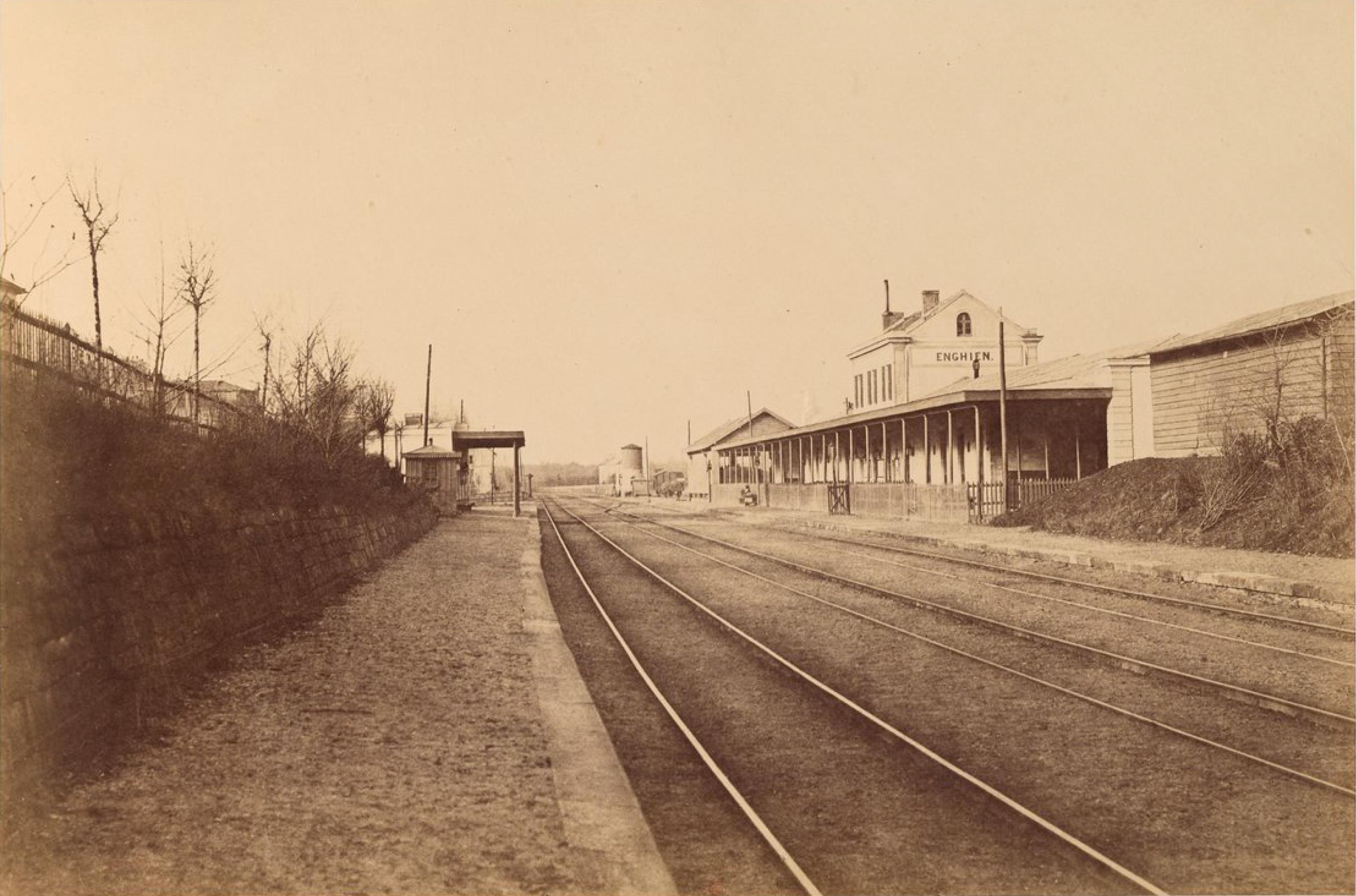 Станция Энгиен