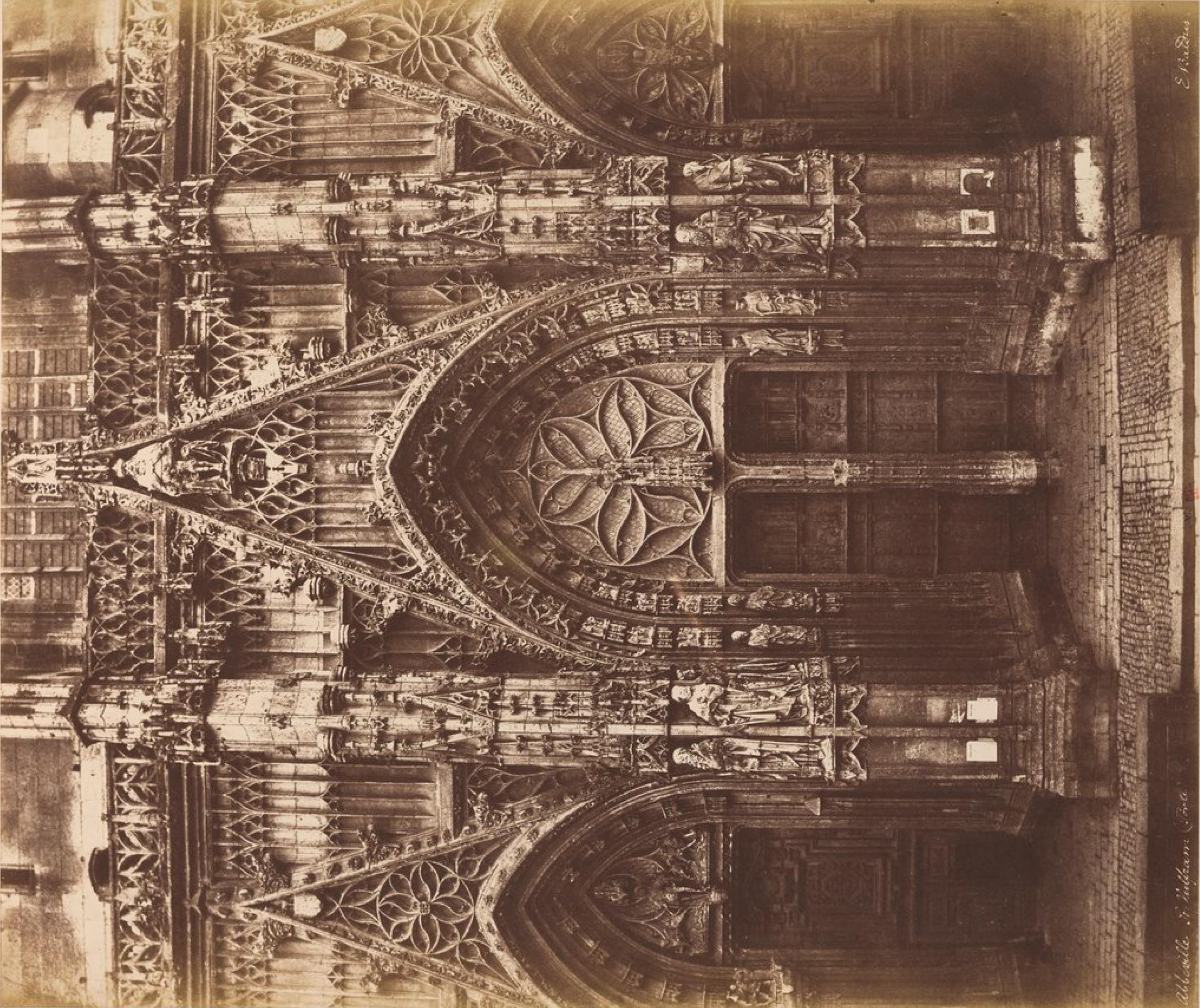 Абвиль. Портал готического собора Святого Вульфрама