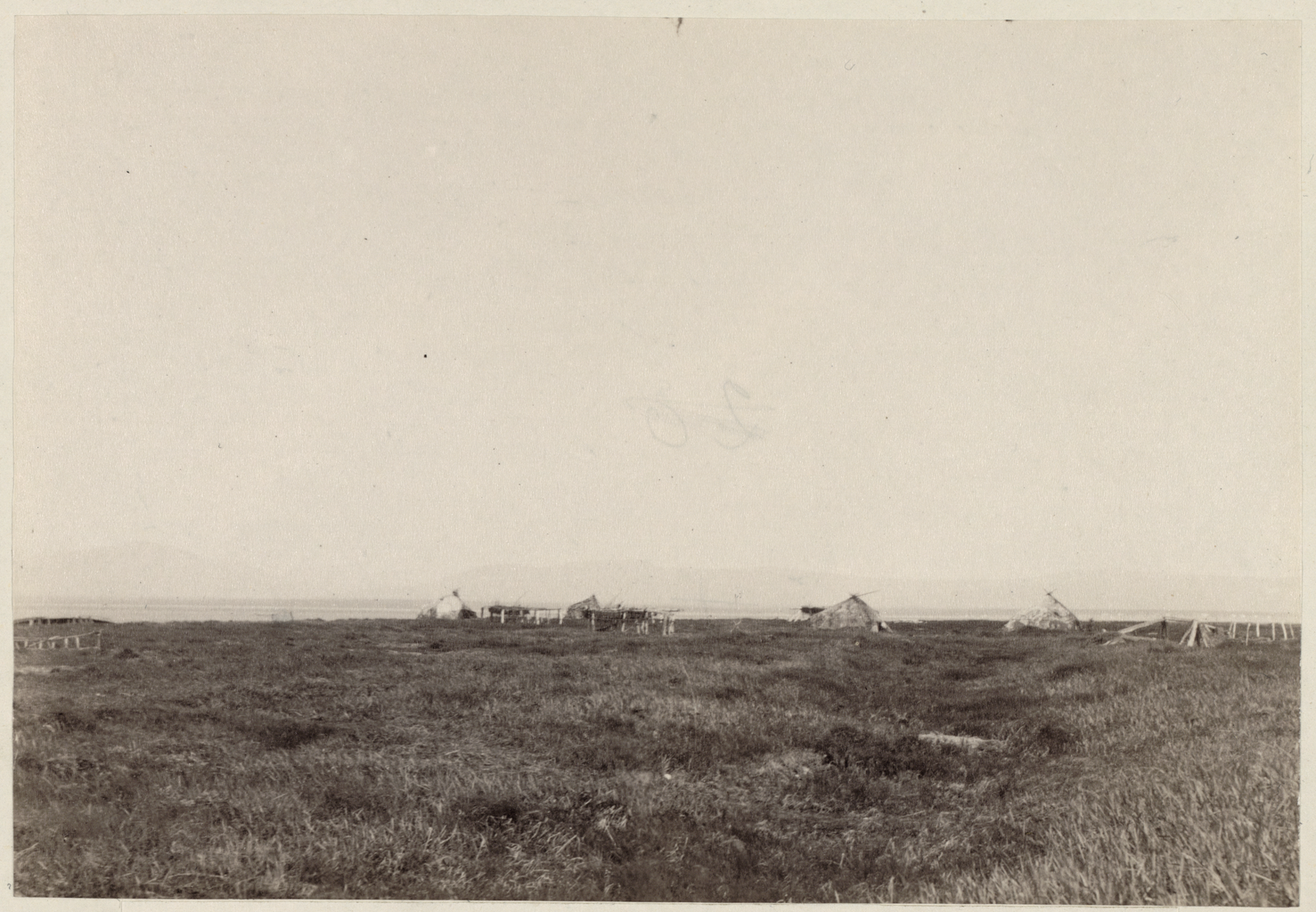 Чукотские юрты в Новомариинском поселении