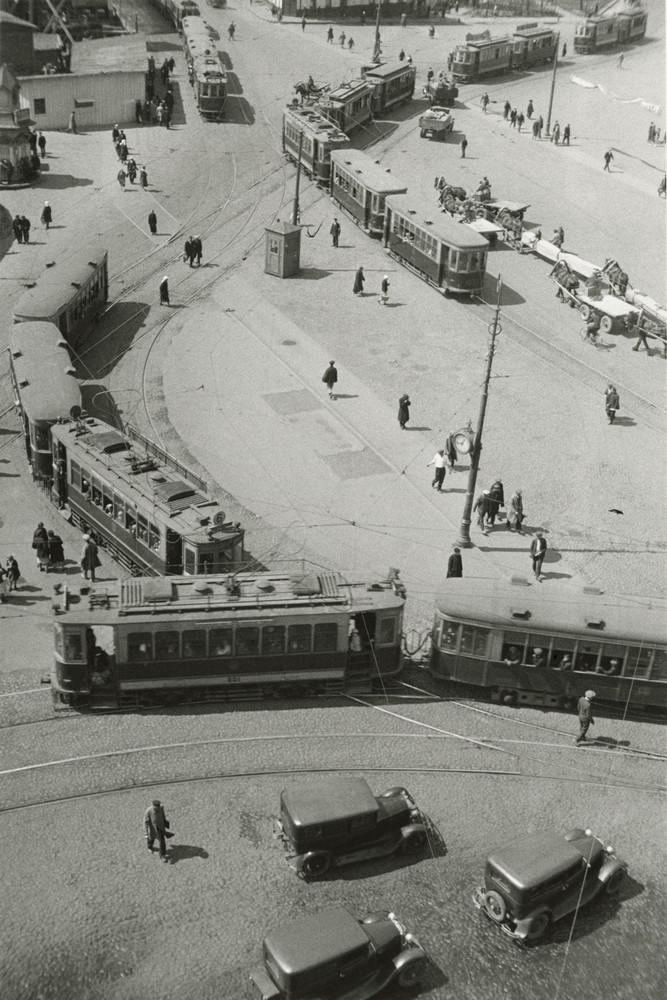 1932. Площадь у Красных ворот.