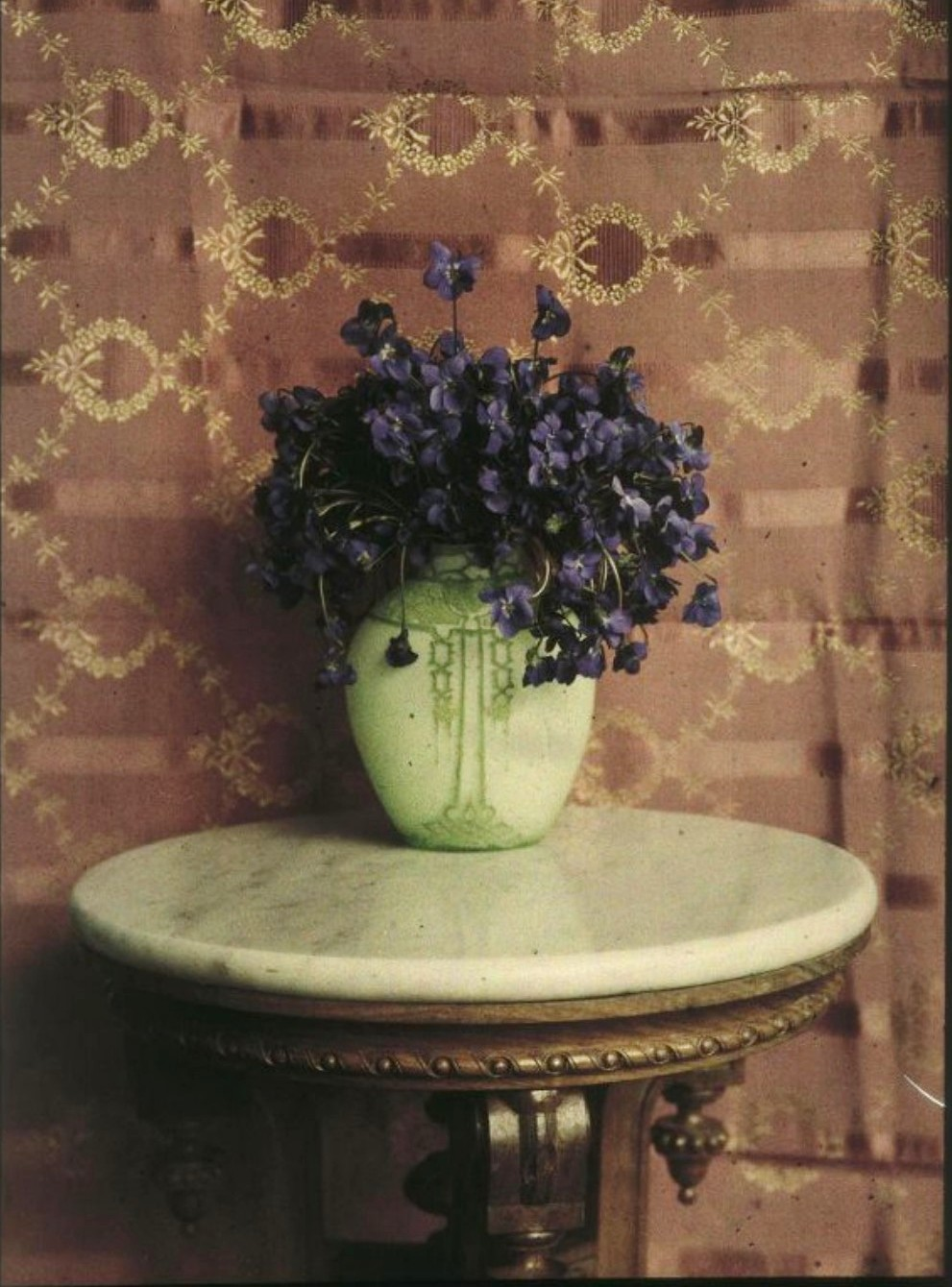 1910-е. Цветы в вазе.