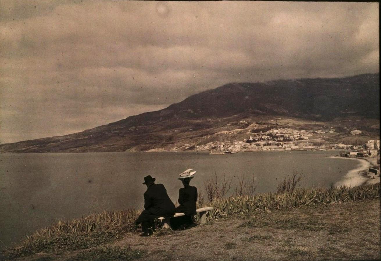 1911-1912. Вера Николаевна Веденисова и Андрей Александрович Козаков. Ялта
