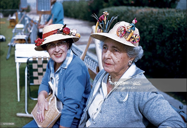 1960. Палм-спрингс. Женские шляпки