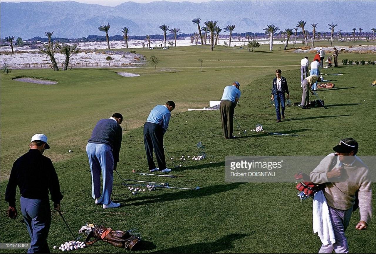 1960. Палм-спрингс. Игроки в гольф.