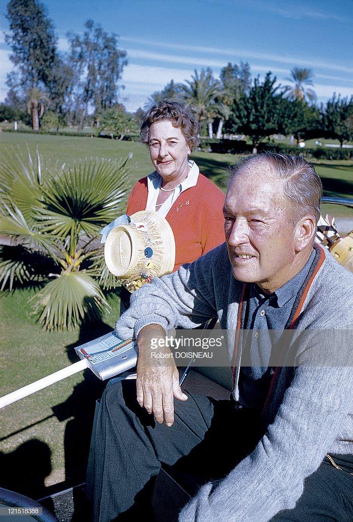 1960. Палм-спрингс. Пара любителей гольфа