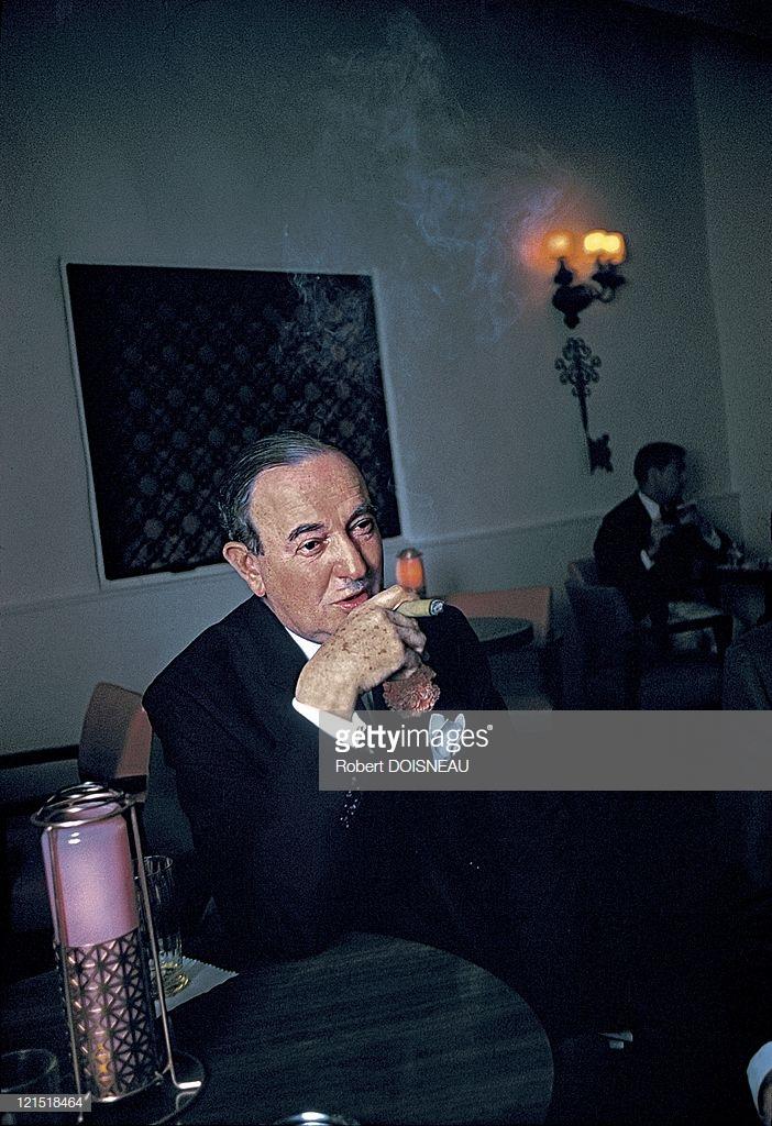 1960. Палм-спрингс. Человек с сигарой