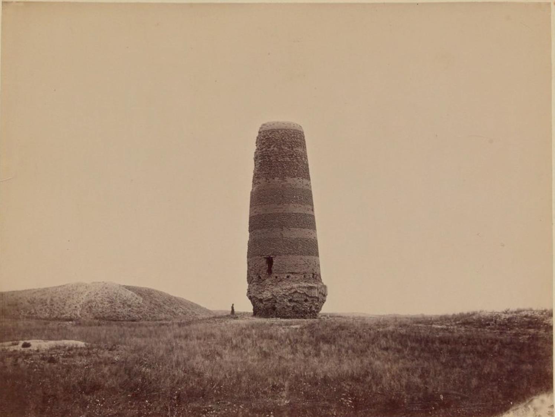 02. Башня Бурана в окрестностях Токмака, Сырдарьинская область
