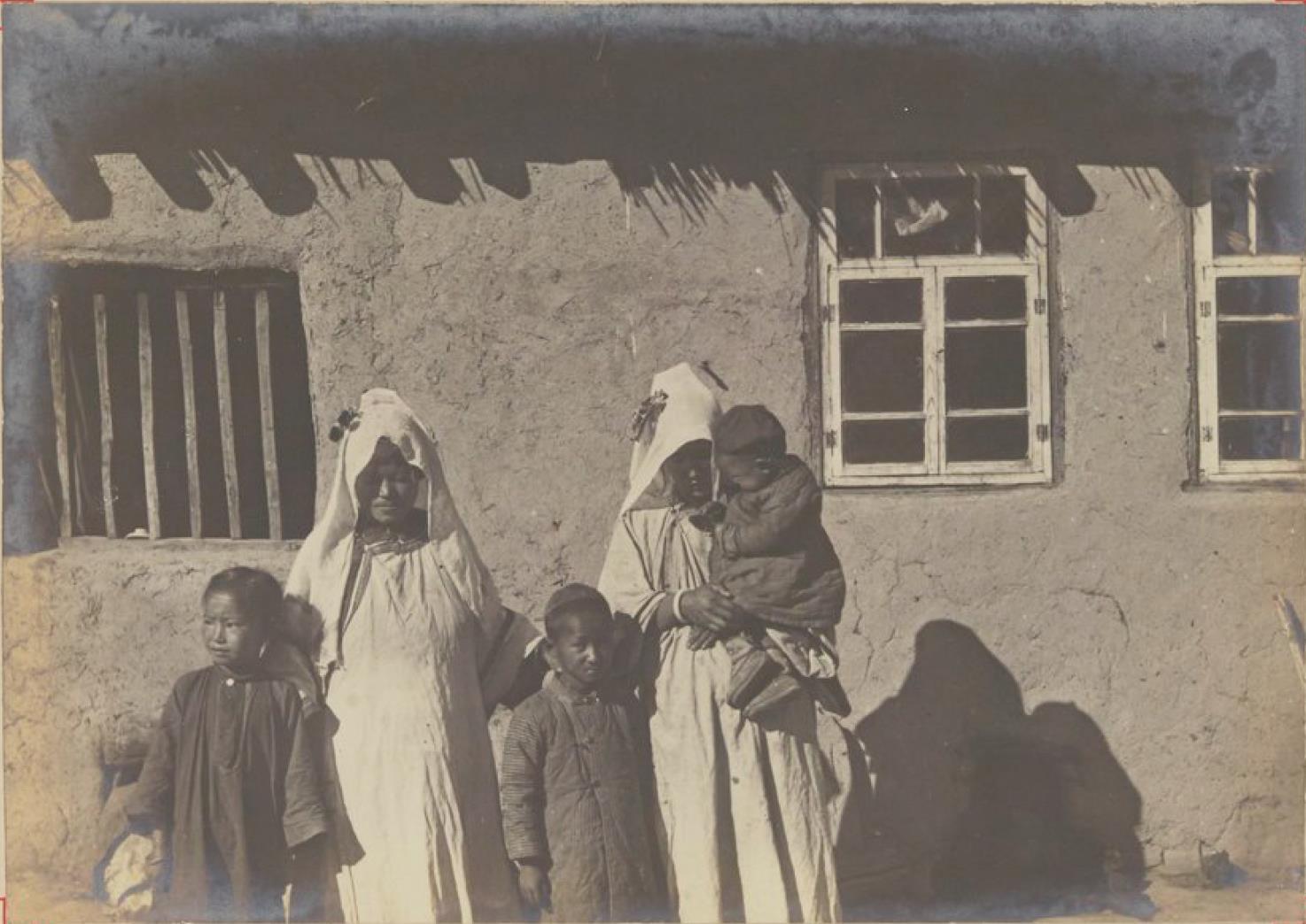 04. Женщины дунганов в Каракунузе, Семиречье
