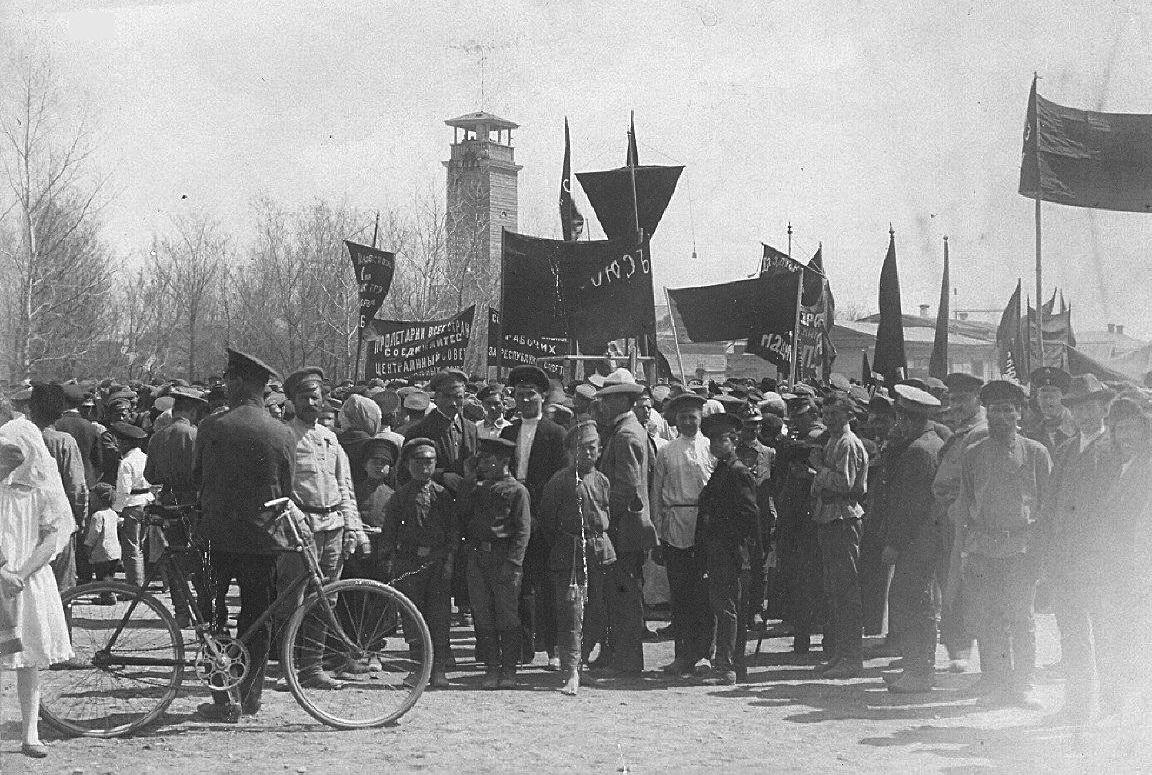 Демонстрация у Никольской церкви
