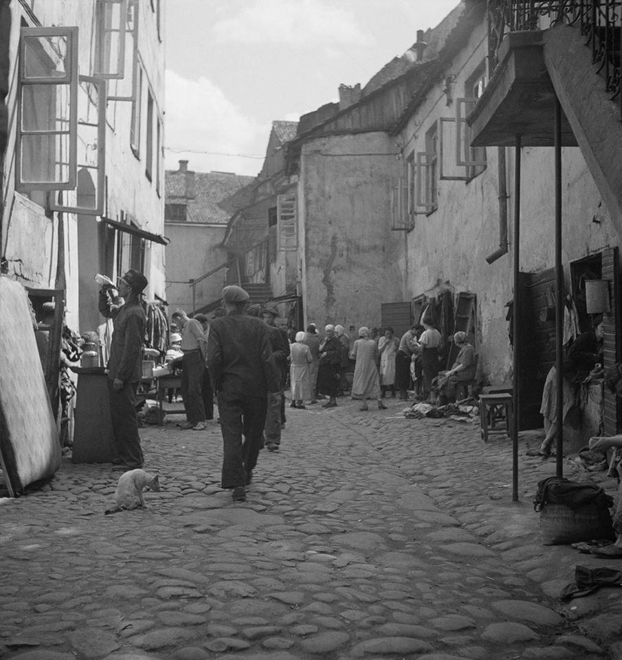 1938. В еврейском квартале
