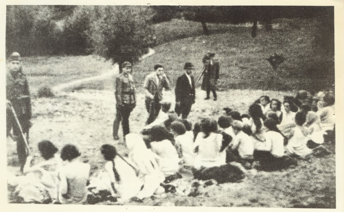 1941. Перед расстрелом в Понарах