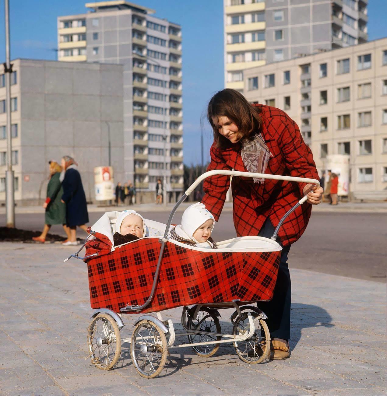 1972. Счастливая мама