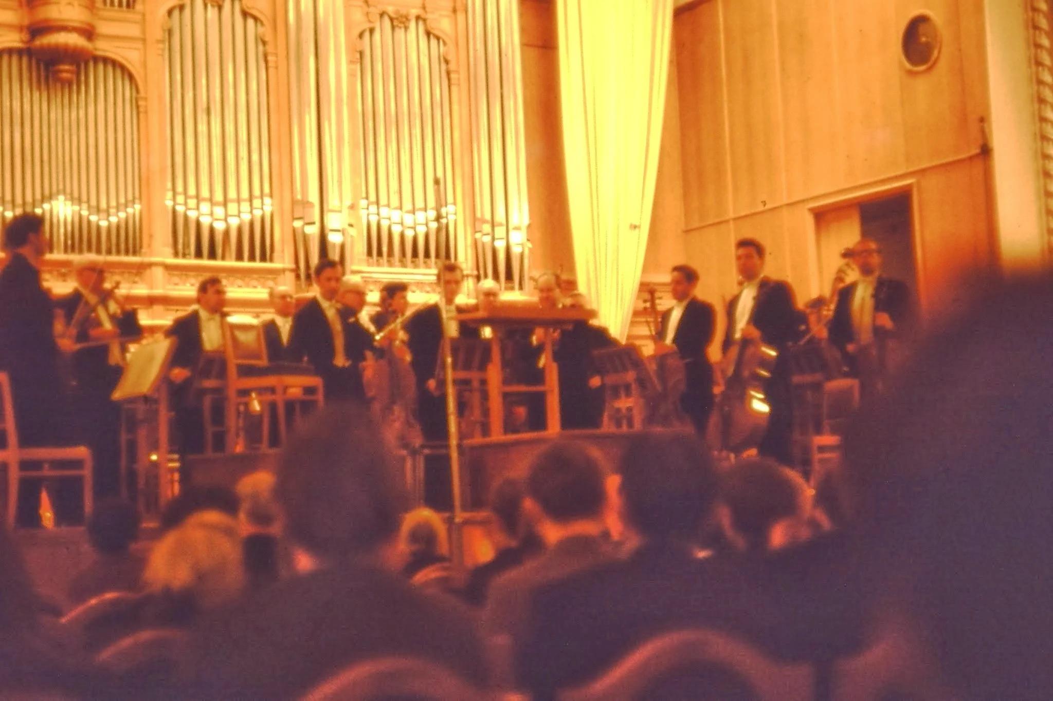 После перерыва Чайковский - Шестая симфония (Патетическая) и Гайдн