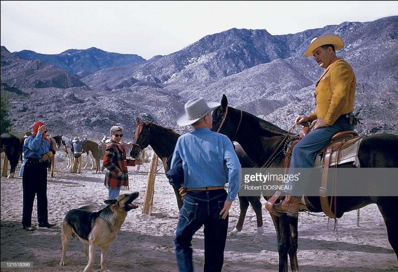 1960. Палм-Спрингс. Обсуждение верховой езды
