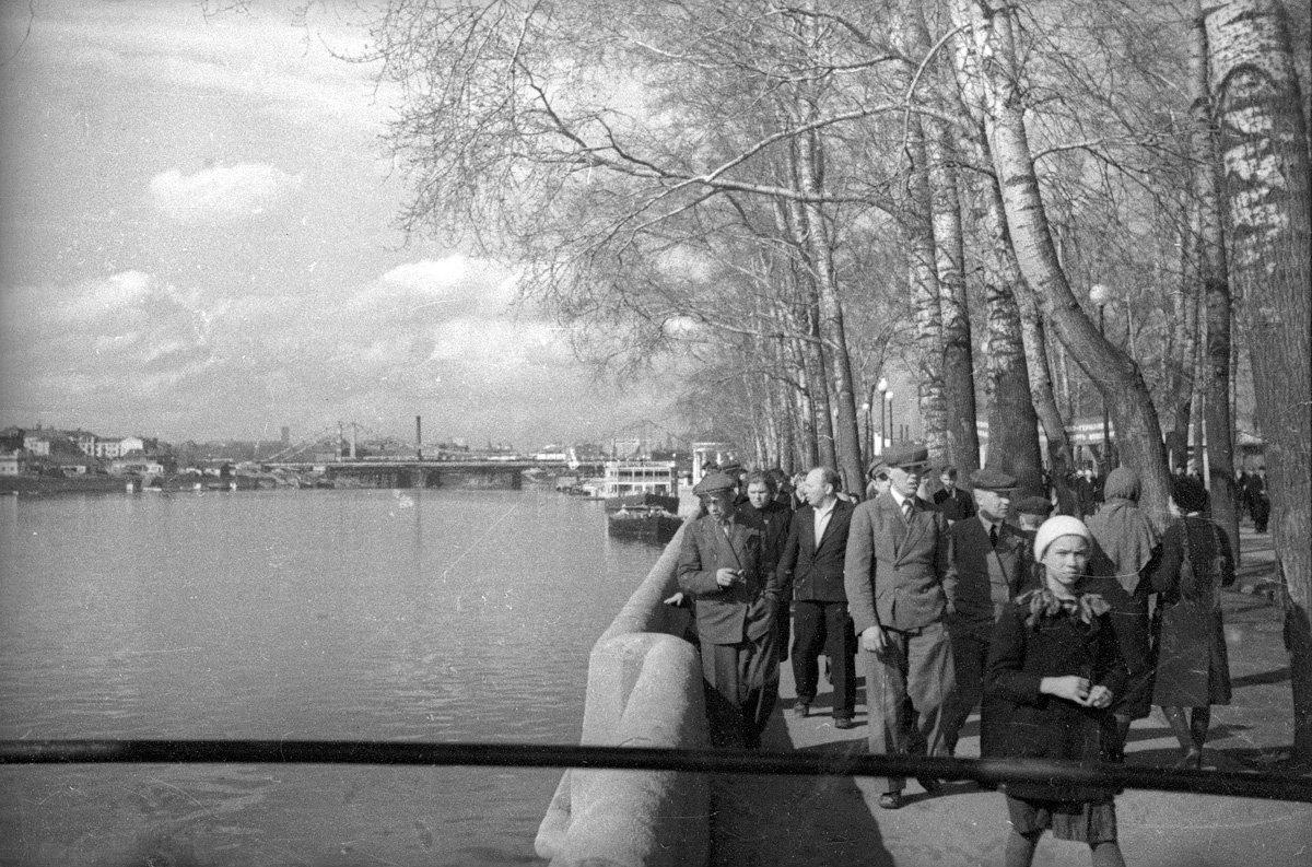 1938. Пушкинская набережная.