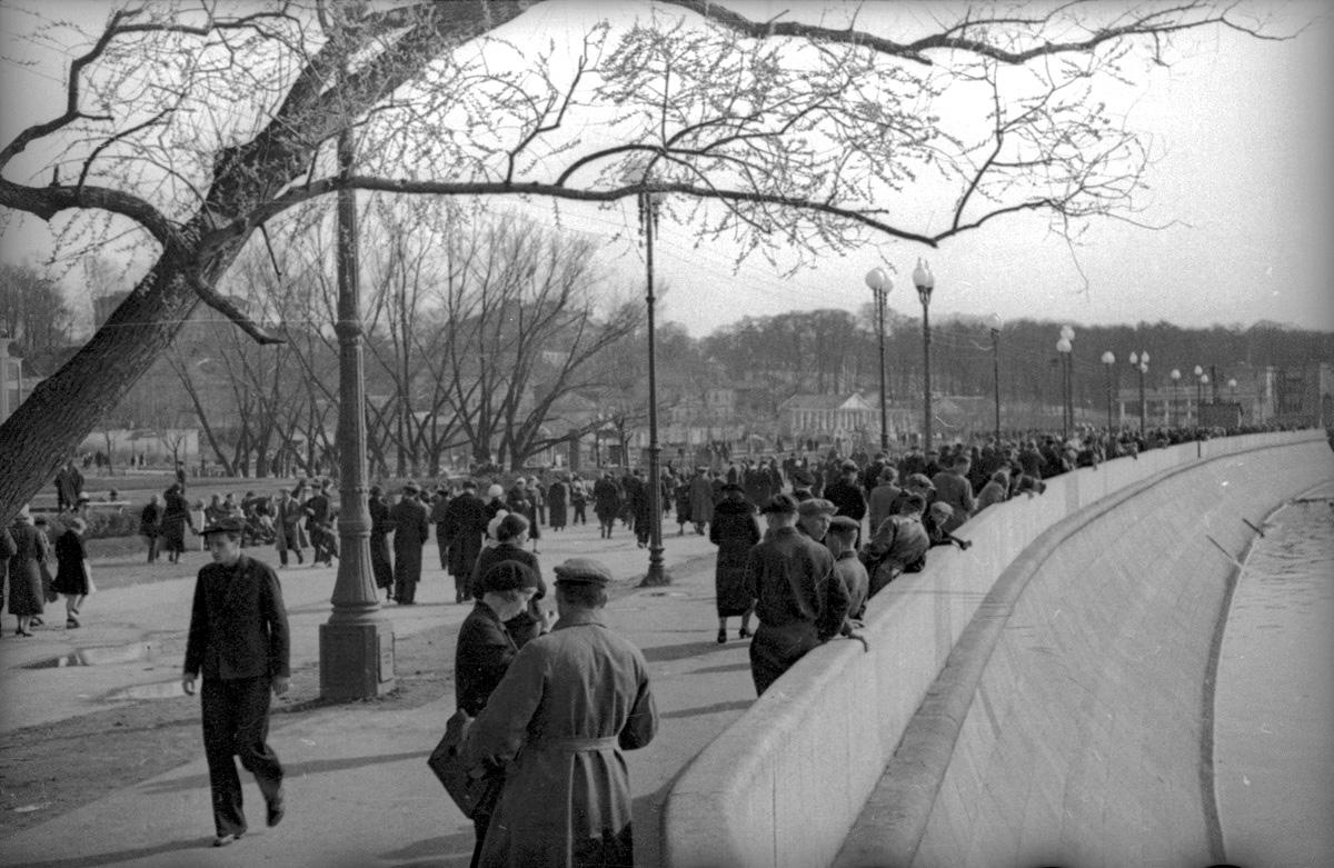 1938. Пушкинская набережная