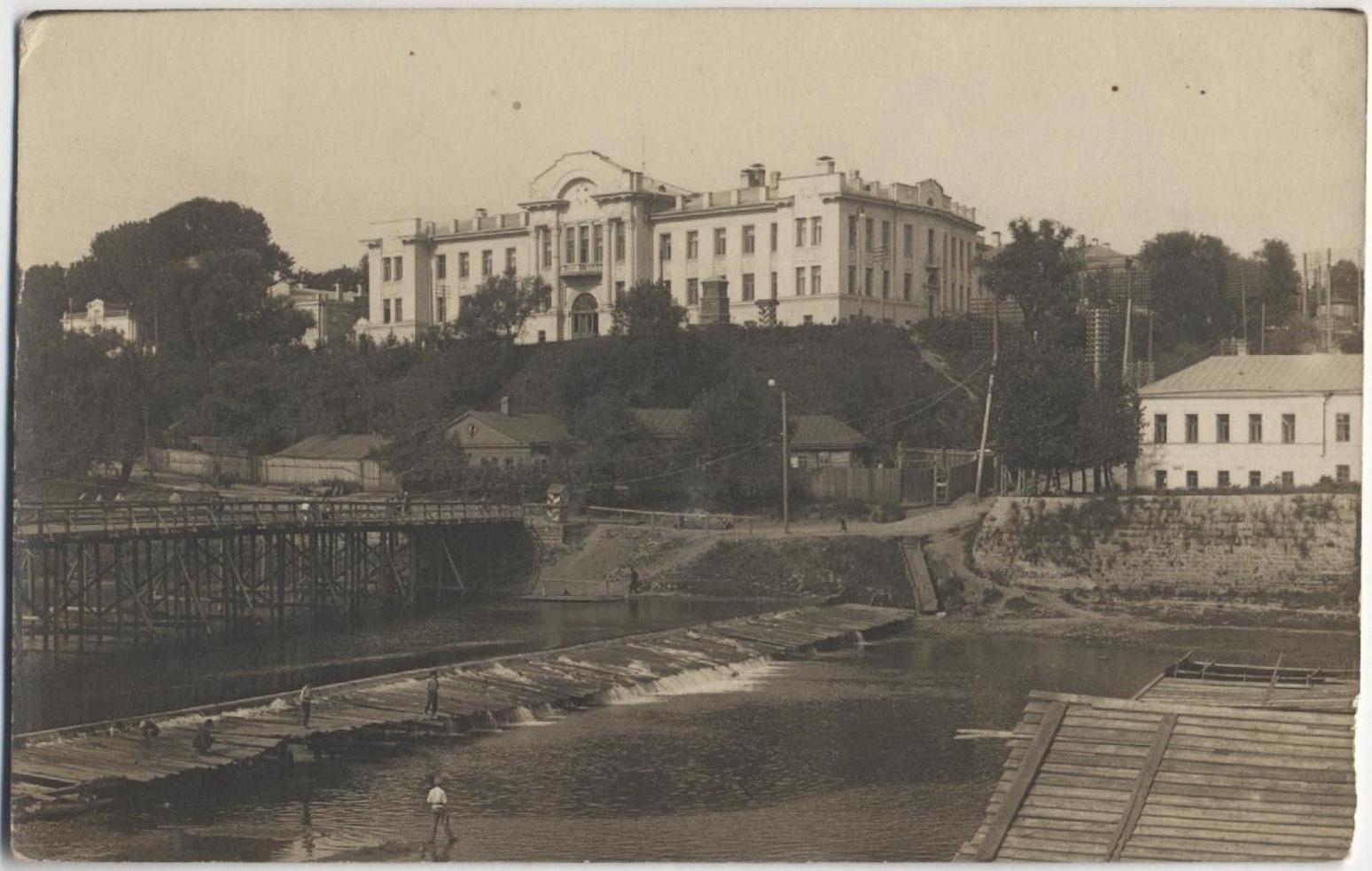 Левашова гора и Банный мост