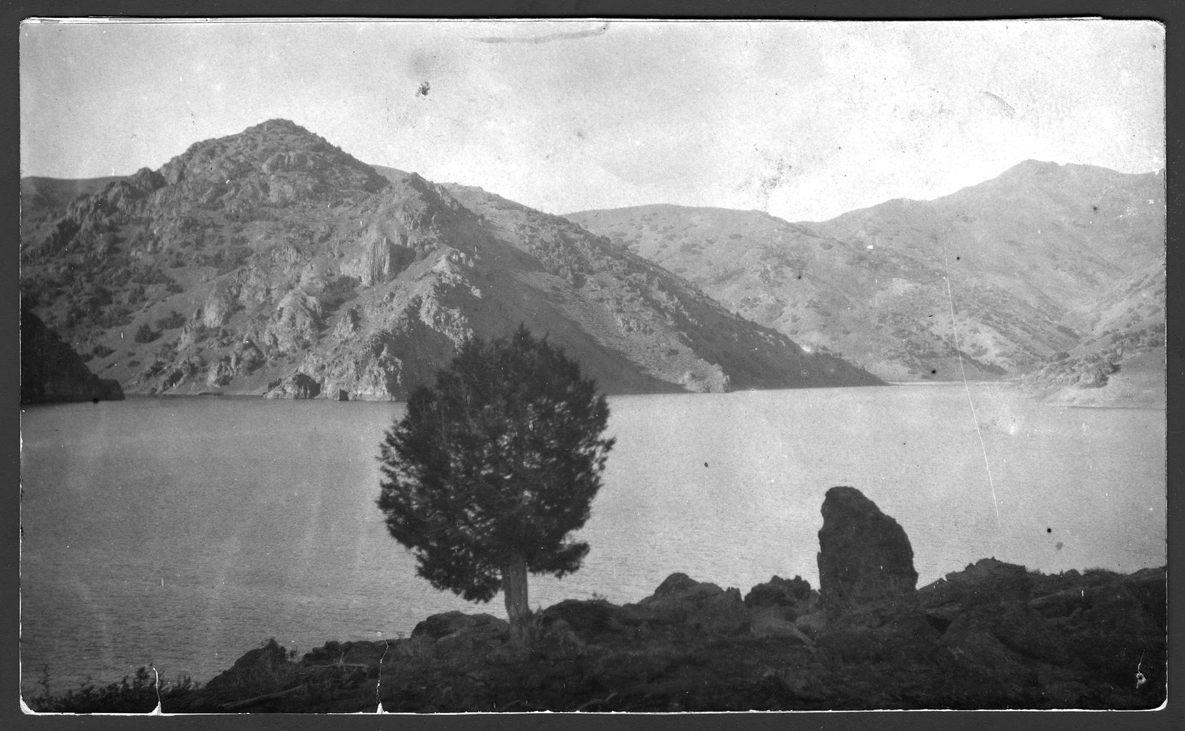 Вид на горную речку