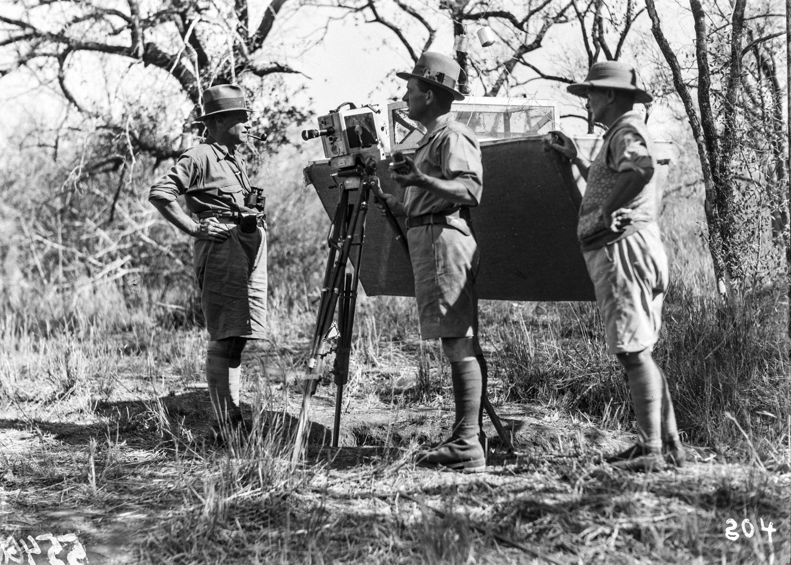 Южно-Африканский Союз. Квазулу-Наталь. Ханс Шомбургк, Пол Либеренц и еще один член экспедиции