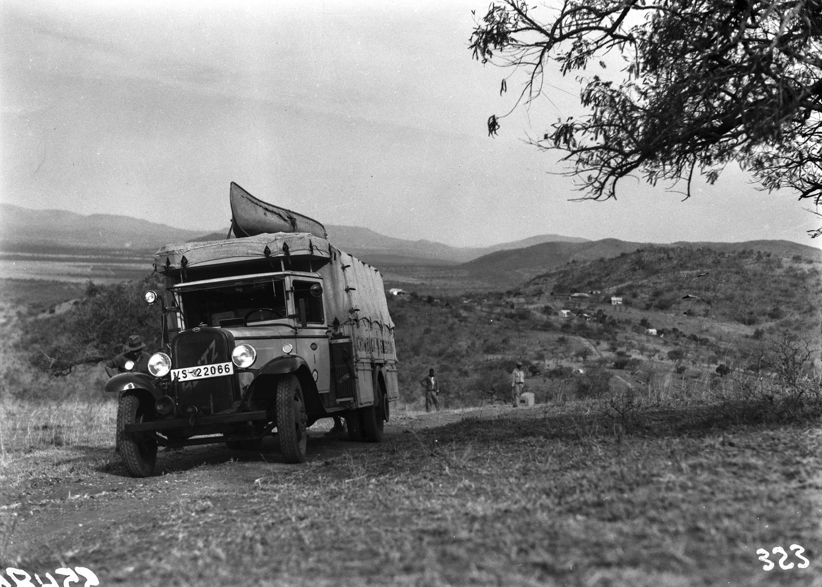 Южно-Африканский Союз. Квазулу-Наталь. Экспедиционный автомобиль
