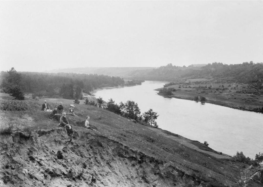 За городом. 1890-е