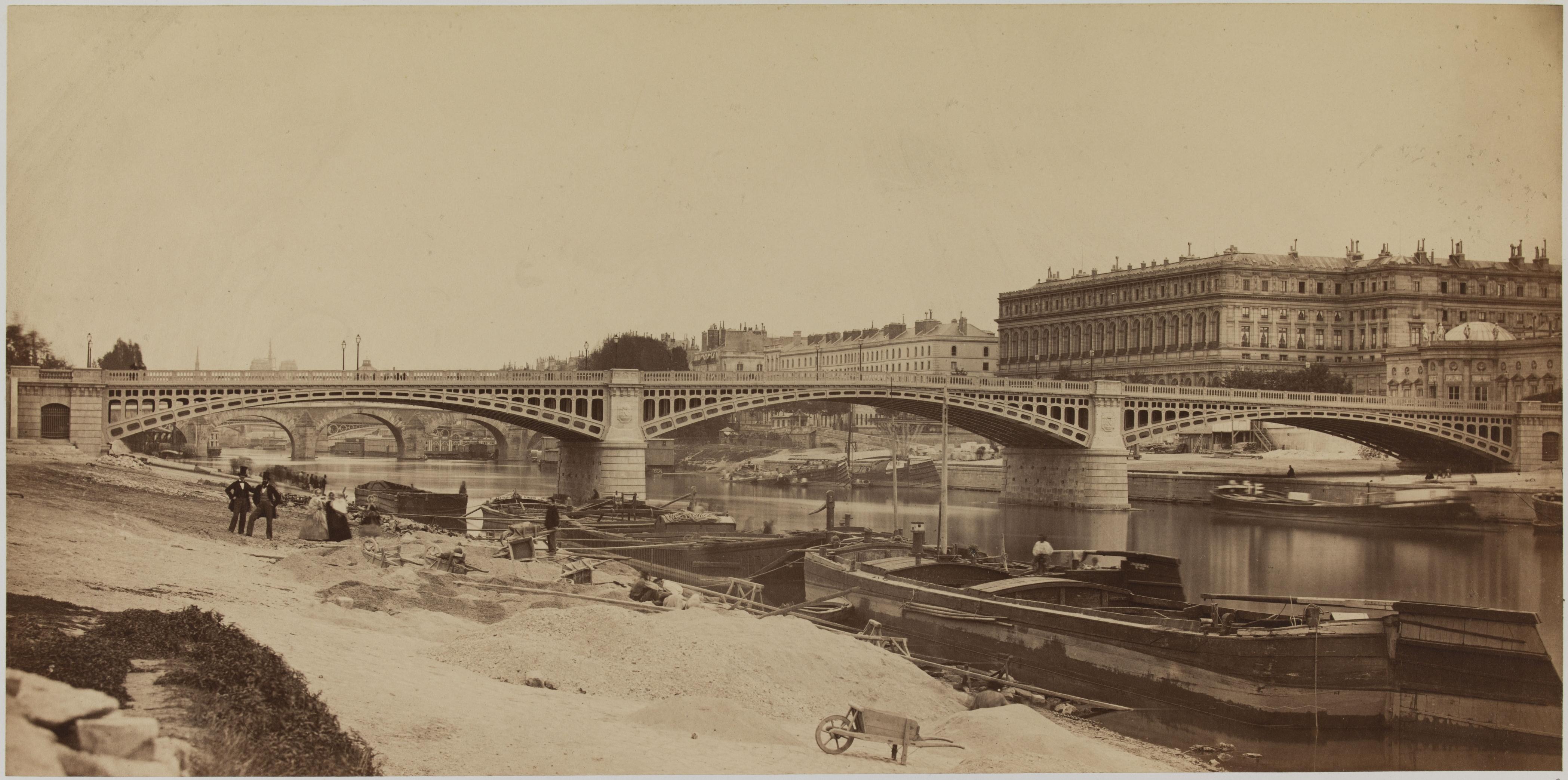 03. Общий вид моста, взятый вниз по течению