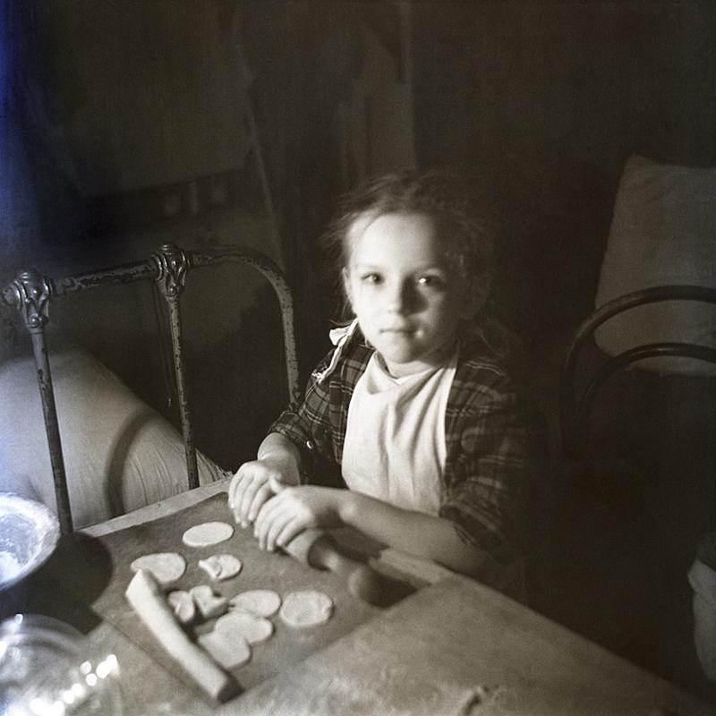1950-е. Лепка пельменей