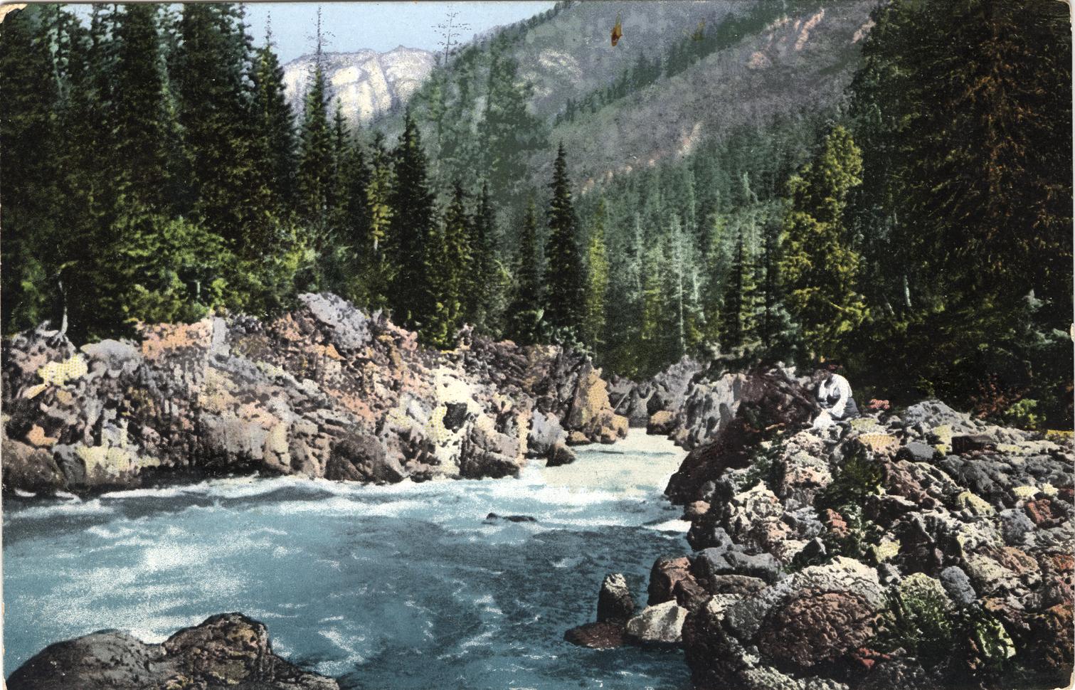 Река Кумир, приток реки Чарыш. Скалы под названием Девичий плес