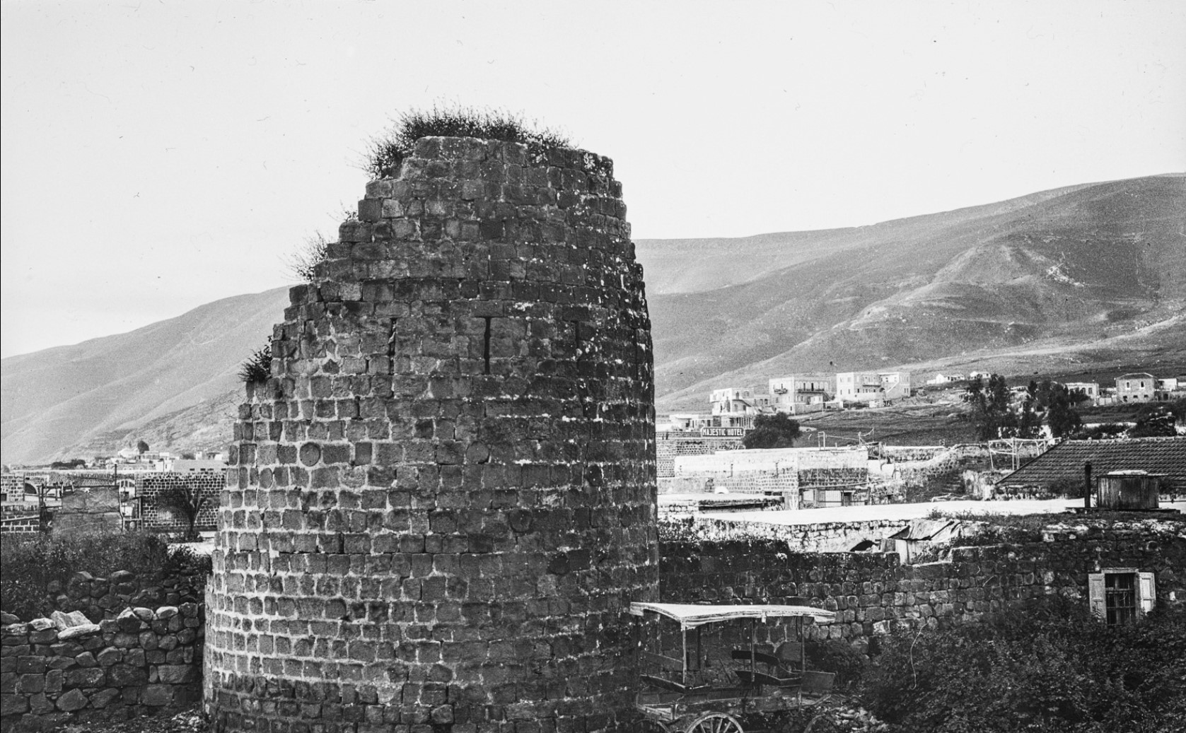 Разрушенная башня  в Назарете