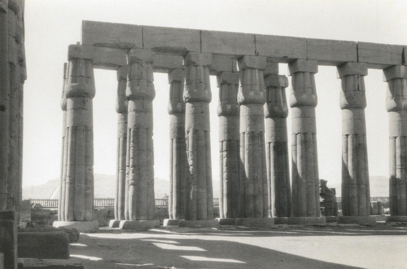 Луксор. Храм Амона. Большой двор на северо-запад