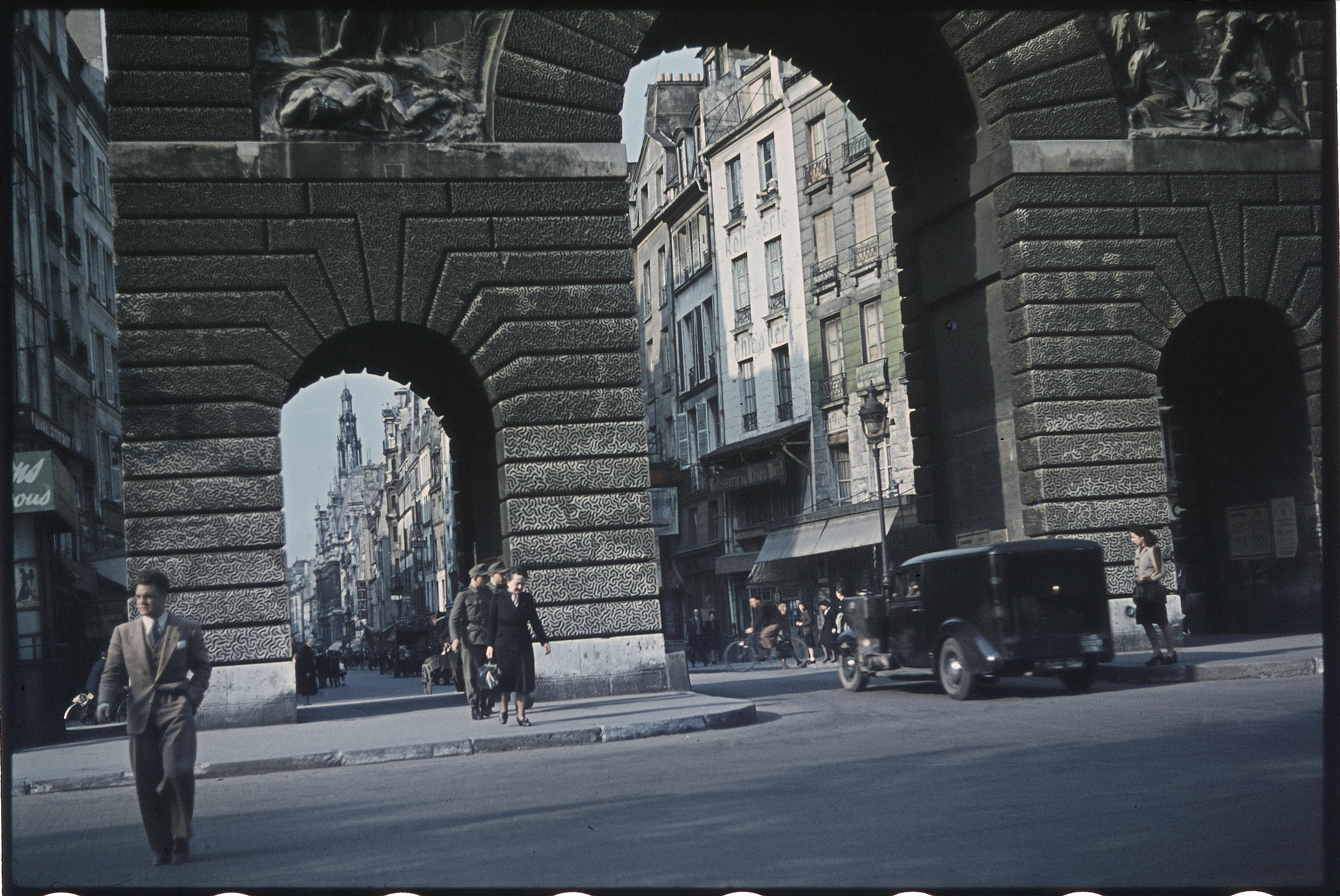 Ворота и бульвар Сен-Мартен