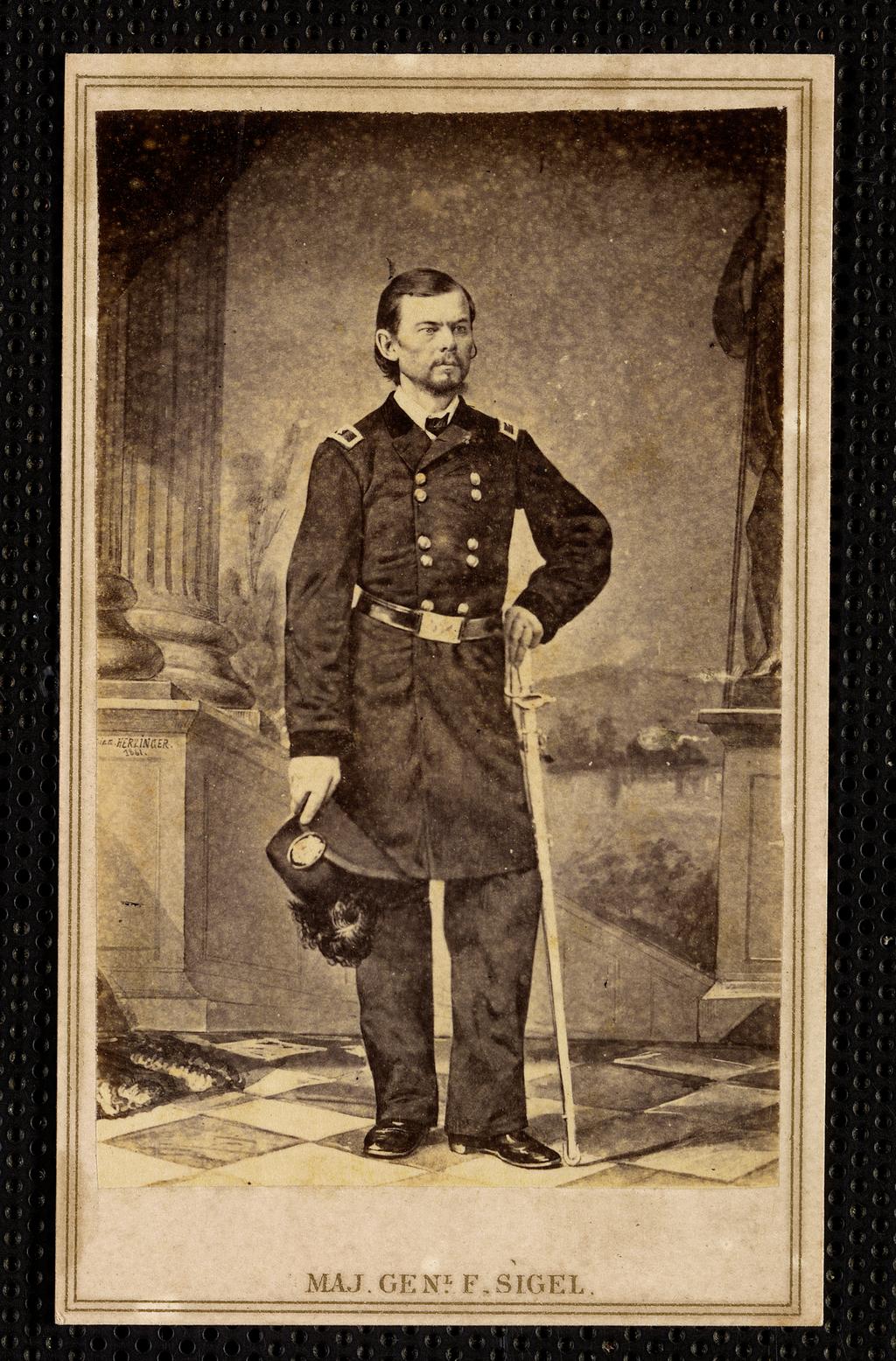 Генерал-майор Франц Зигель