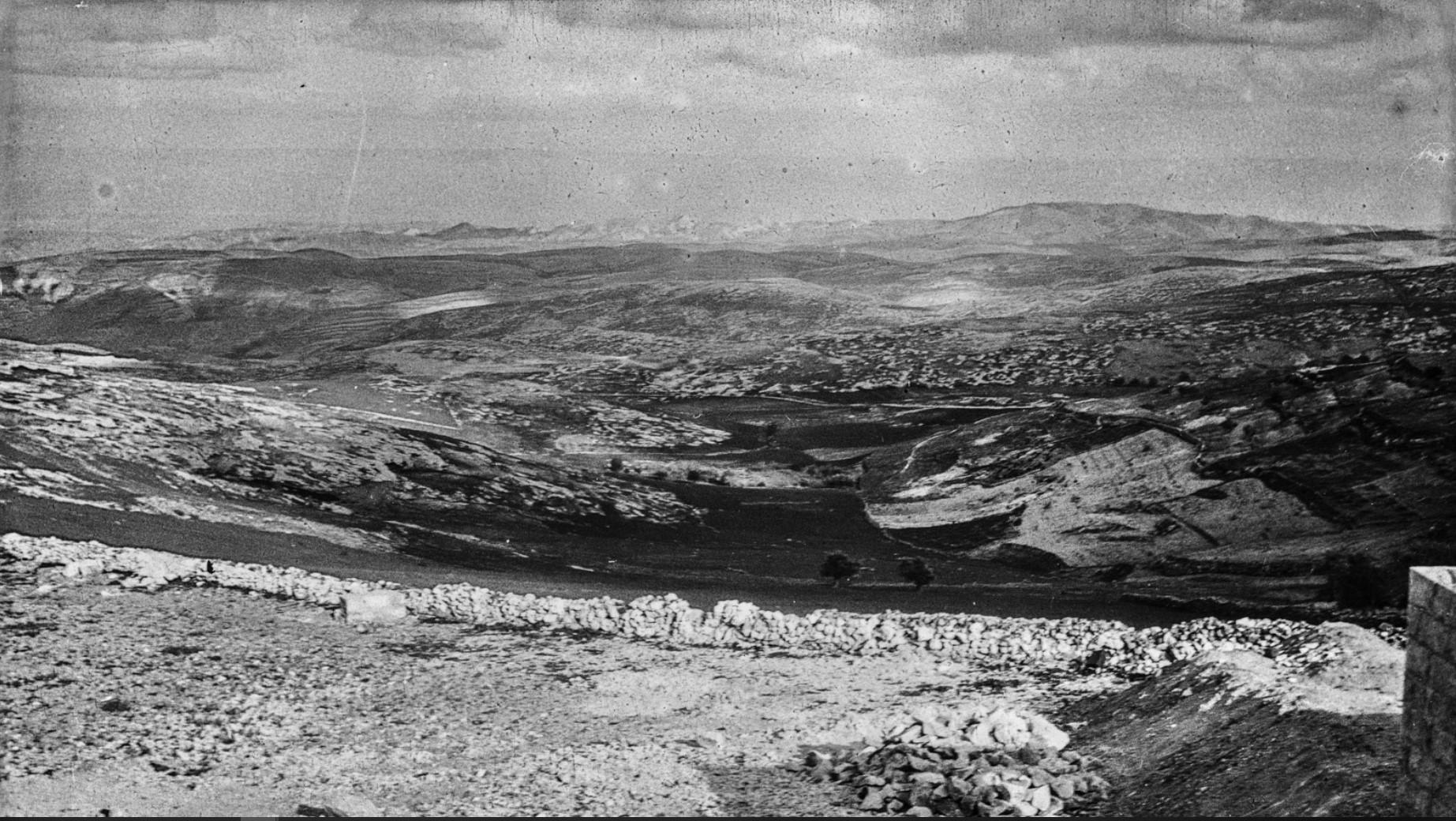 Иерусалим. Вид с Масличной горы на Мертвое море