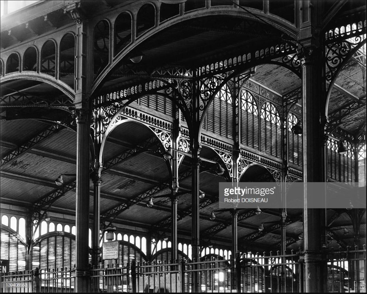 1968. Зал Бальтара в Ле-Аль был классифицирован как исторический памятник, это единственный зал центрального рынка Парижа, который не был разрушен