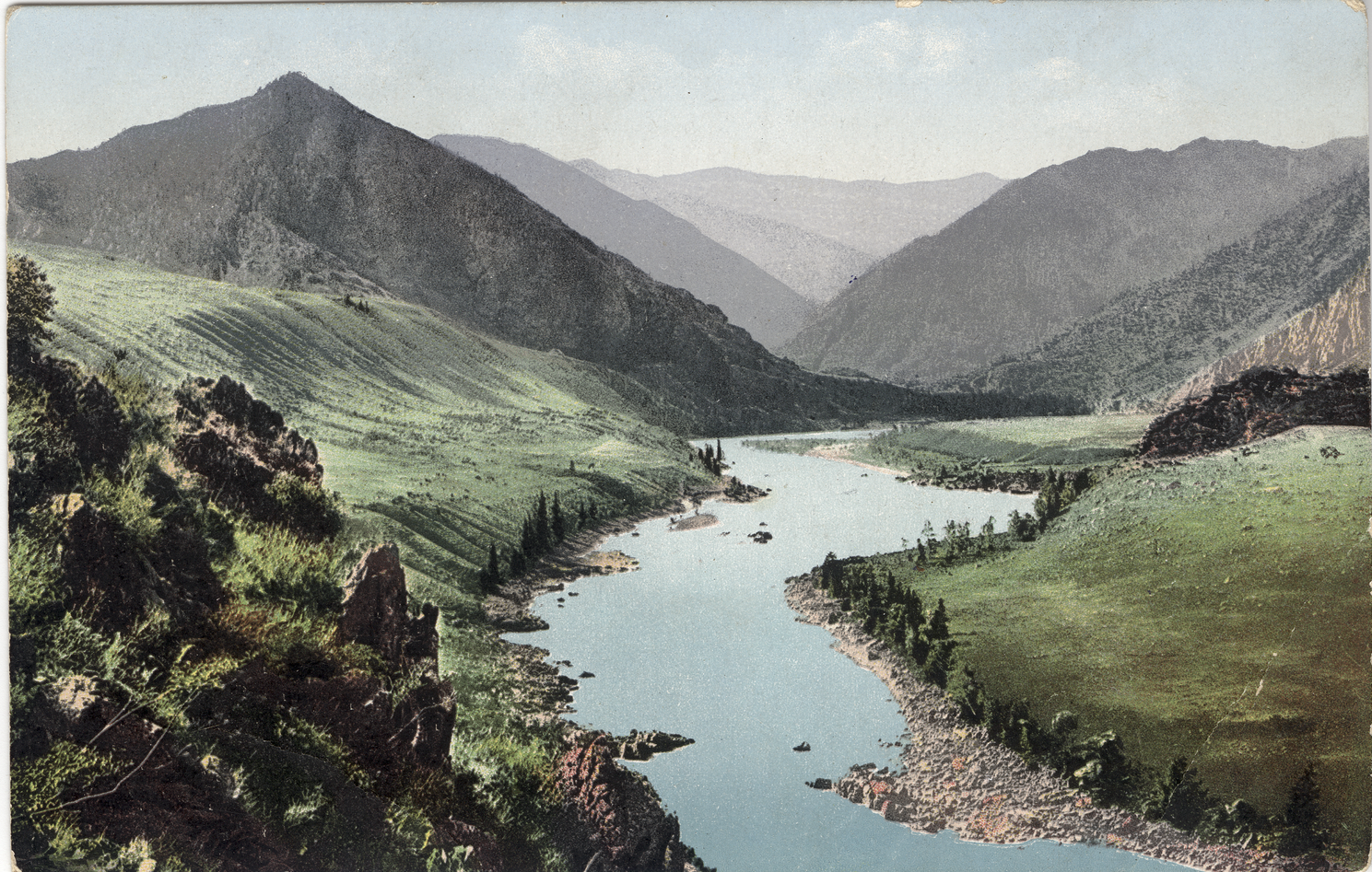 Долина реки Катунь около впадения реки Тогус-Кан
