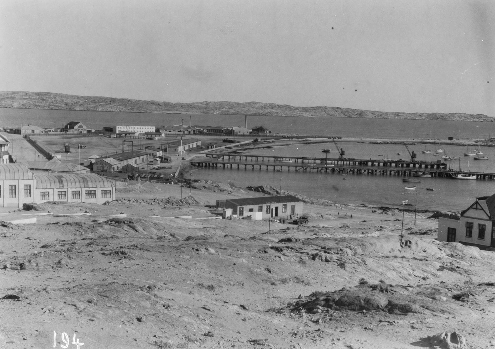 Южно-Африканский Союз. Кейптаун. Гавань с портовыми складами