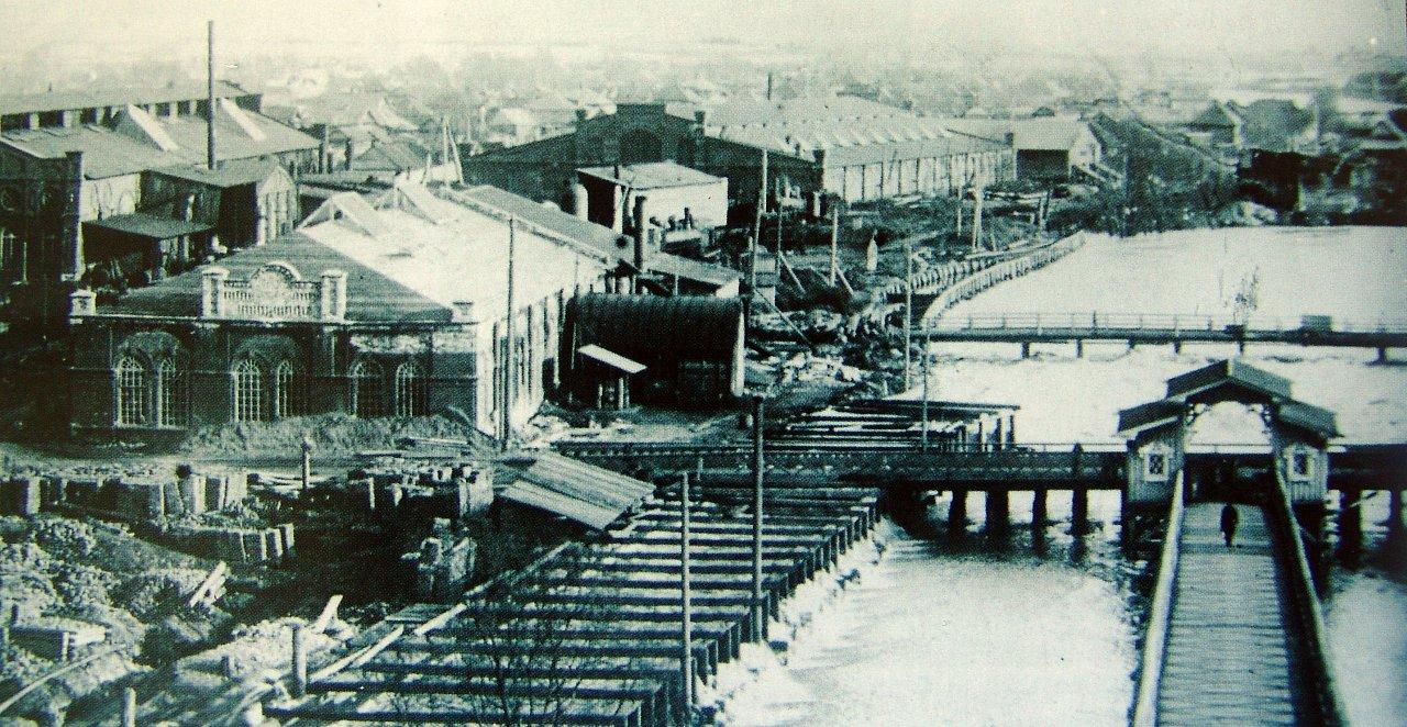 Воткинский завод. Вид на завод с водозапорной башни.
