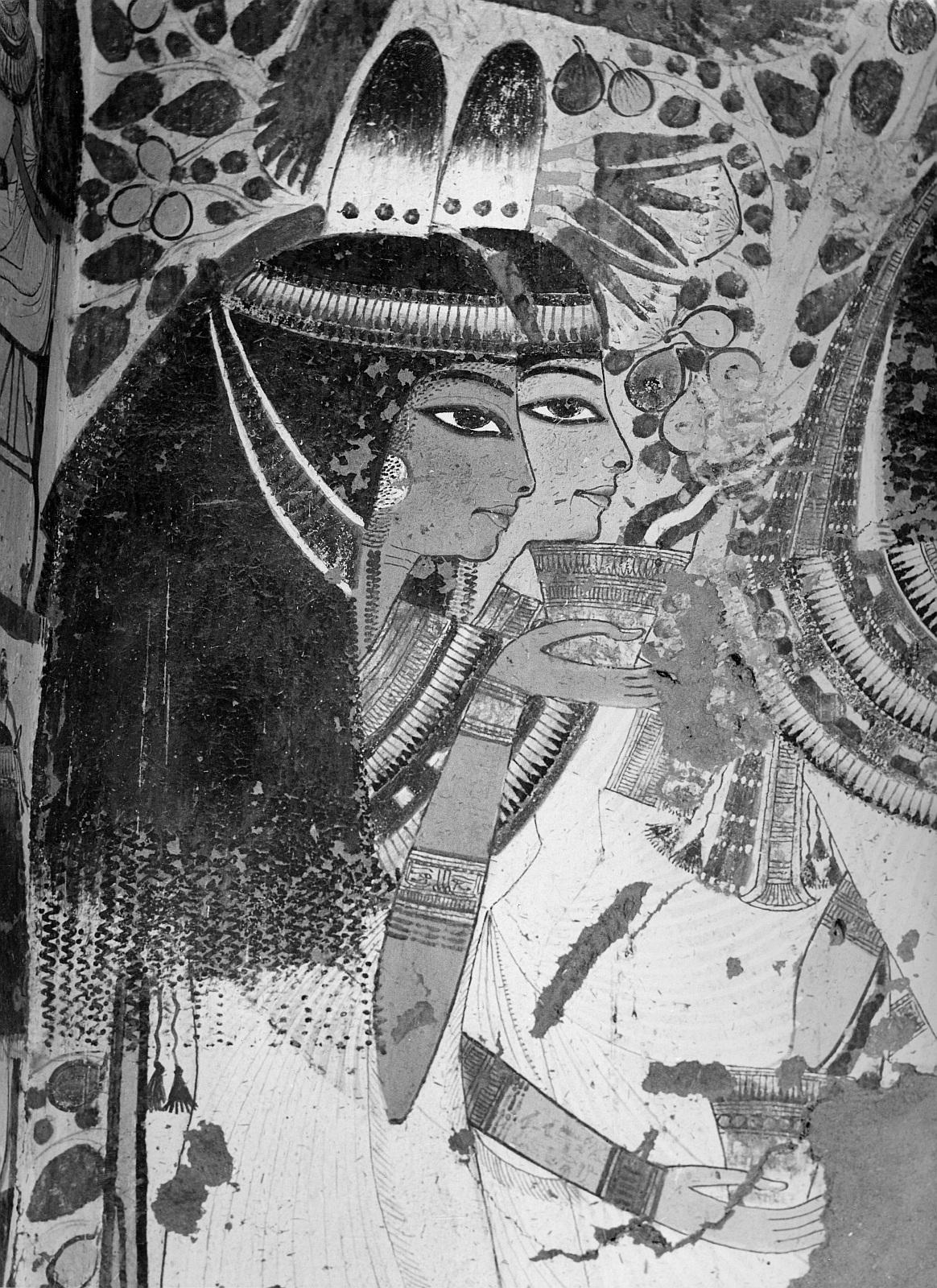 Шейх Абд эль-Гурна. Гробница древнеегипетскго чиновника Усерхета (No.51). Поперечный зал, северная сторона
