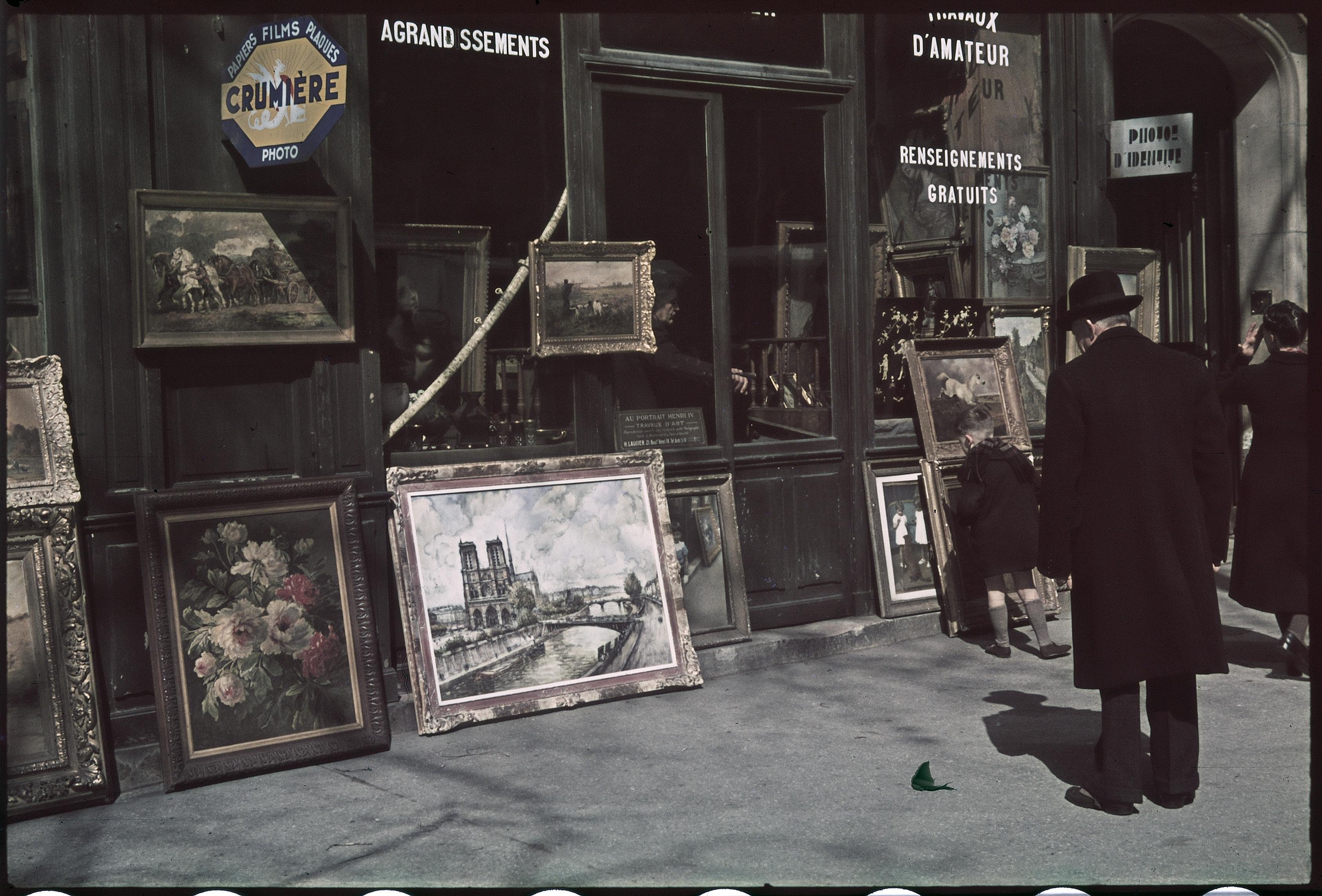 Торговец картинами на бульваре Генриха IV