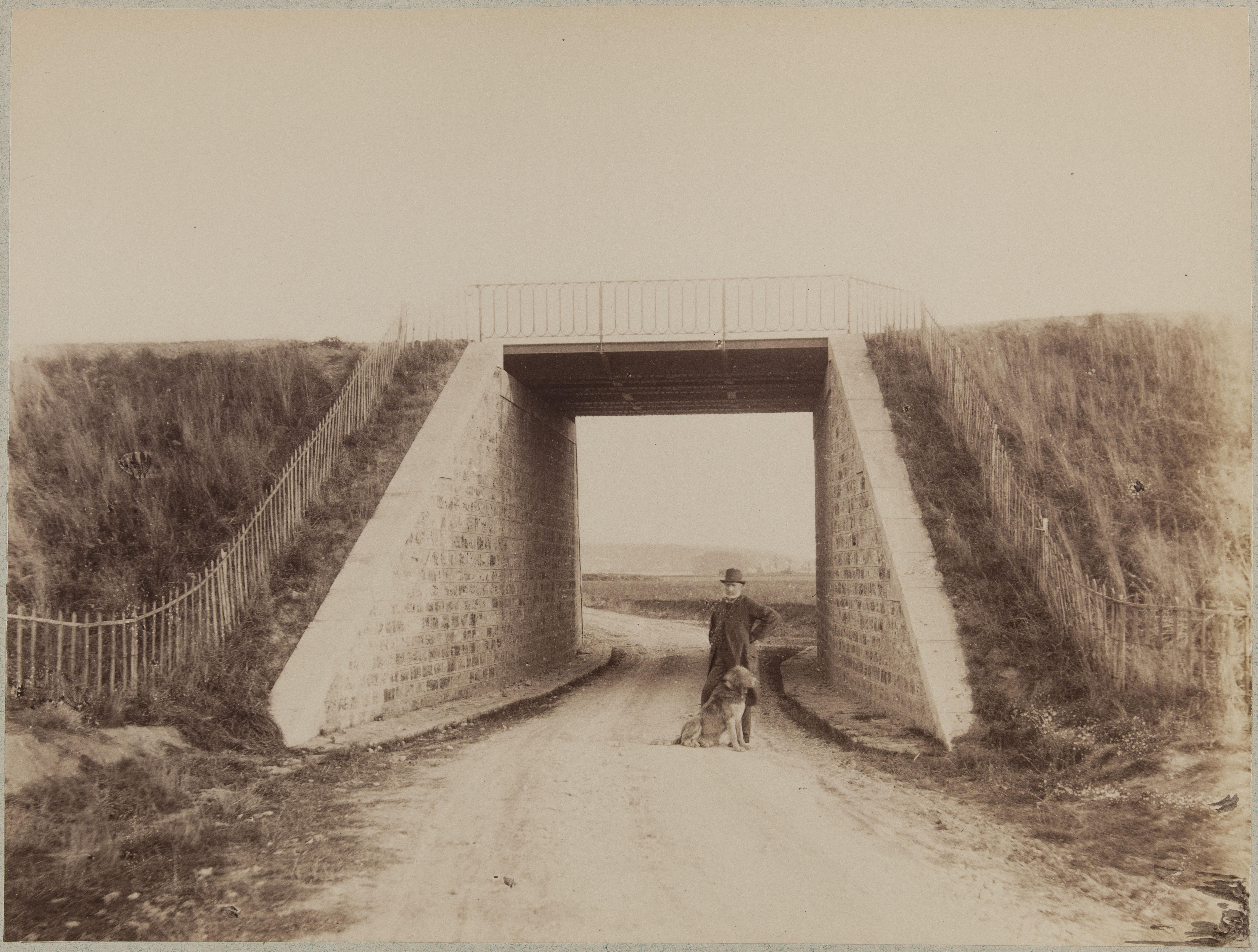 Путепровод на дороге из Шуази-ле-Руа в Вильнёв-Сен-Жорж