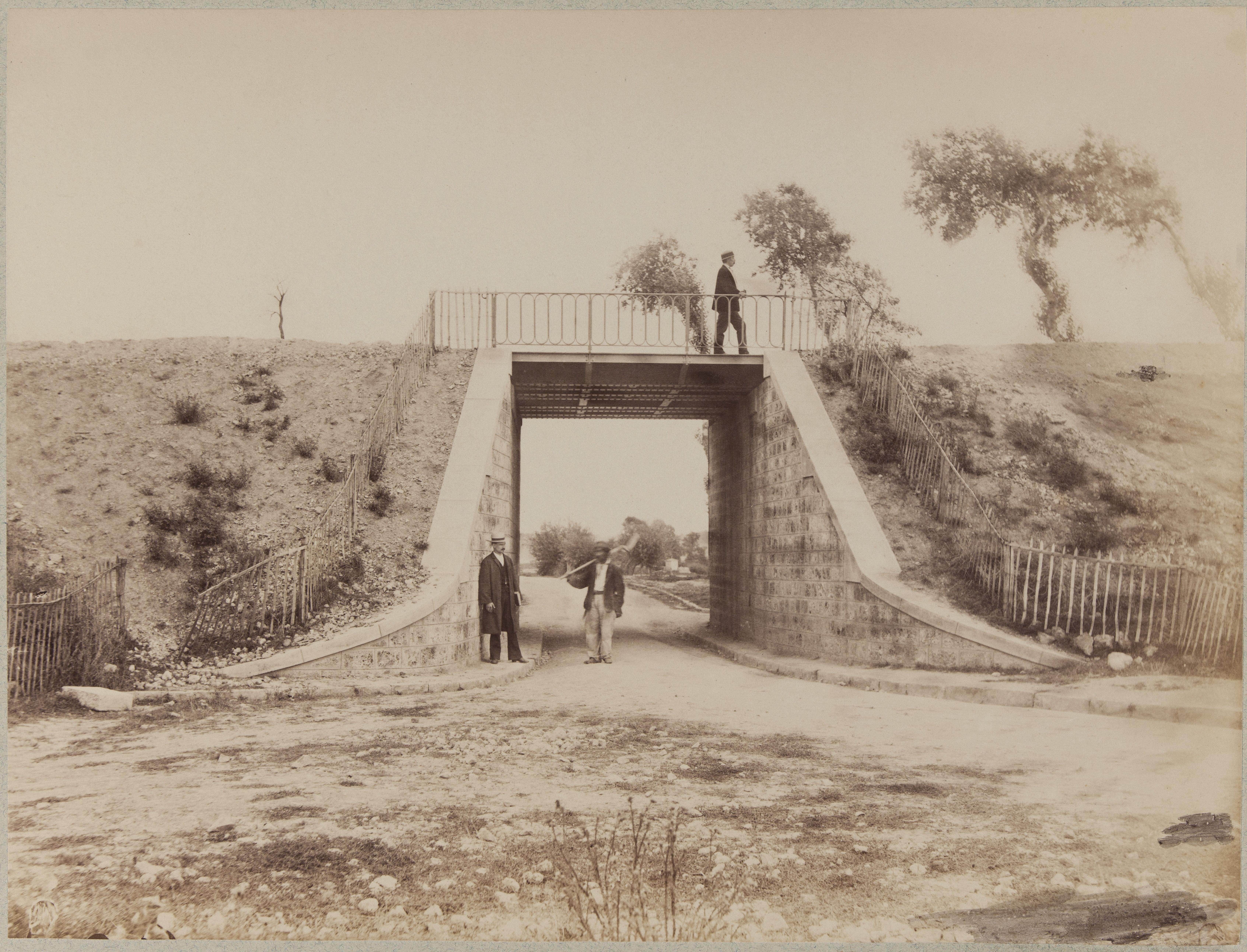 Нижний путепровод на дороге в Соль