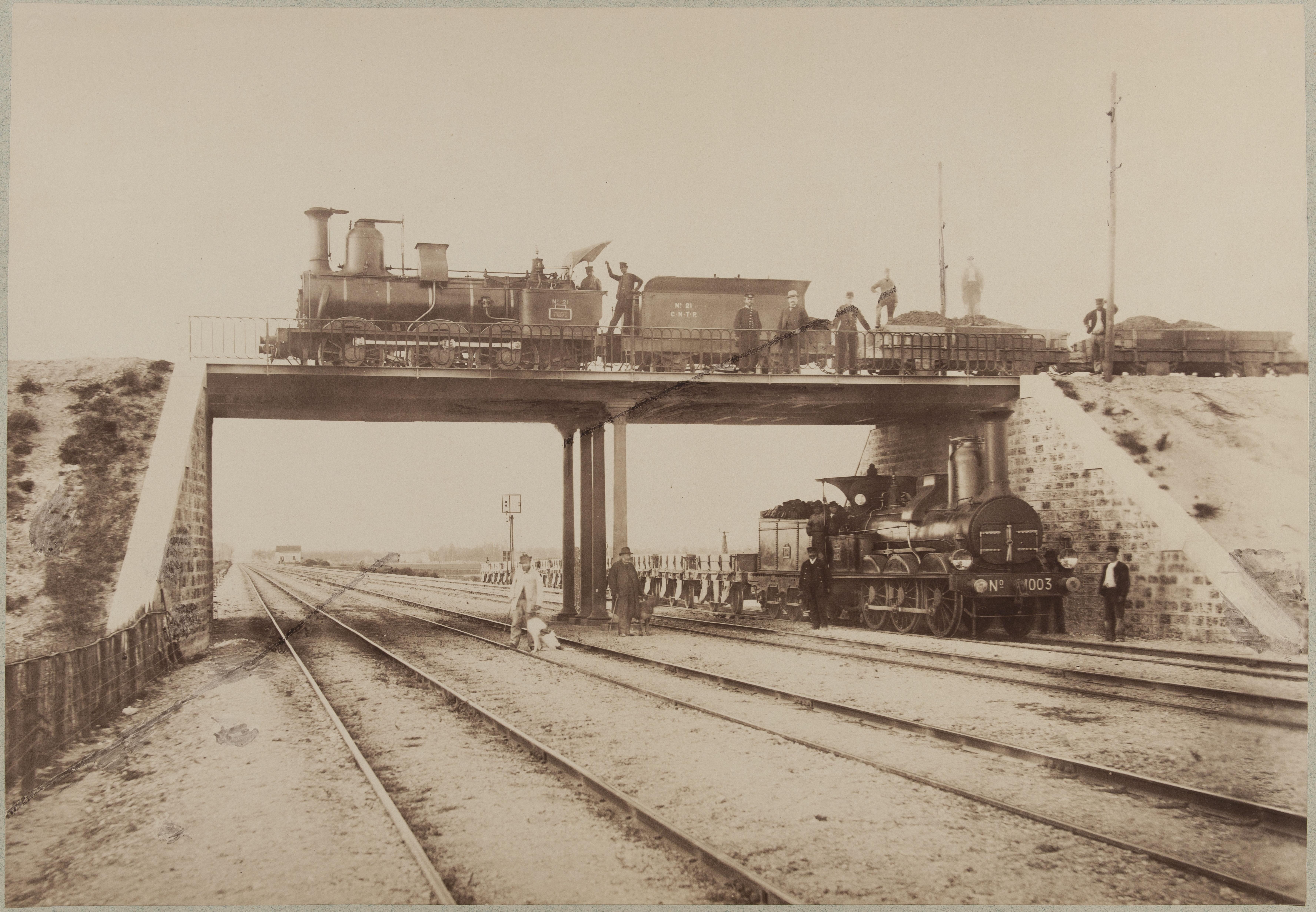Полотно железной дороги из Парижа в Лион