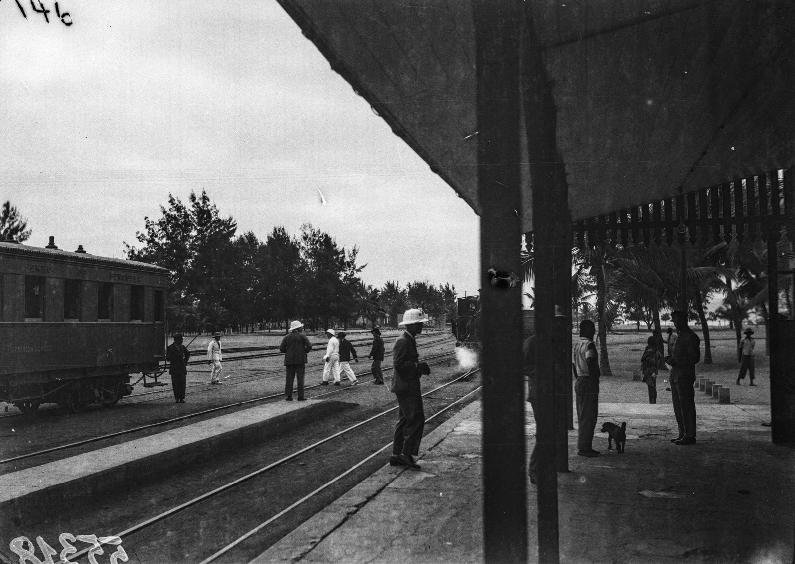 Португальская Западная Африка. Железнодорожная станция в Лобито