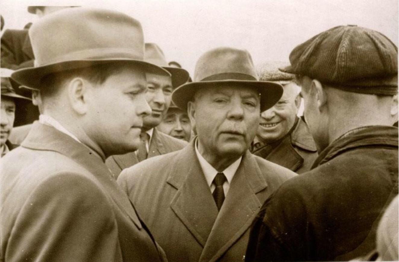 1960-е. Встреча Ворошилова в Иркутске