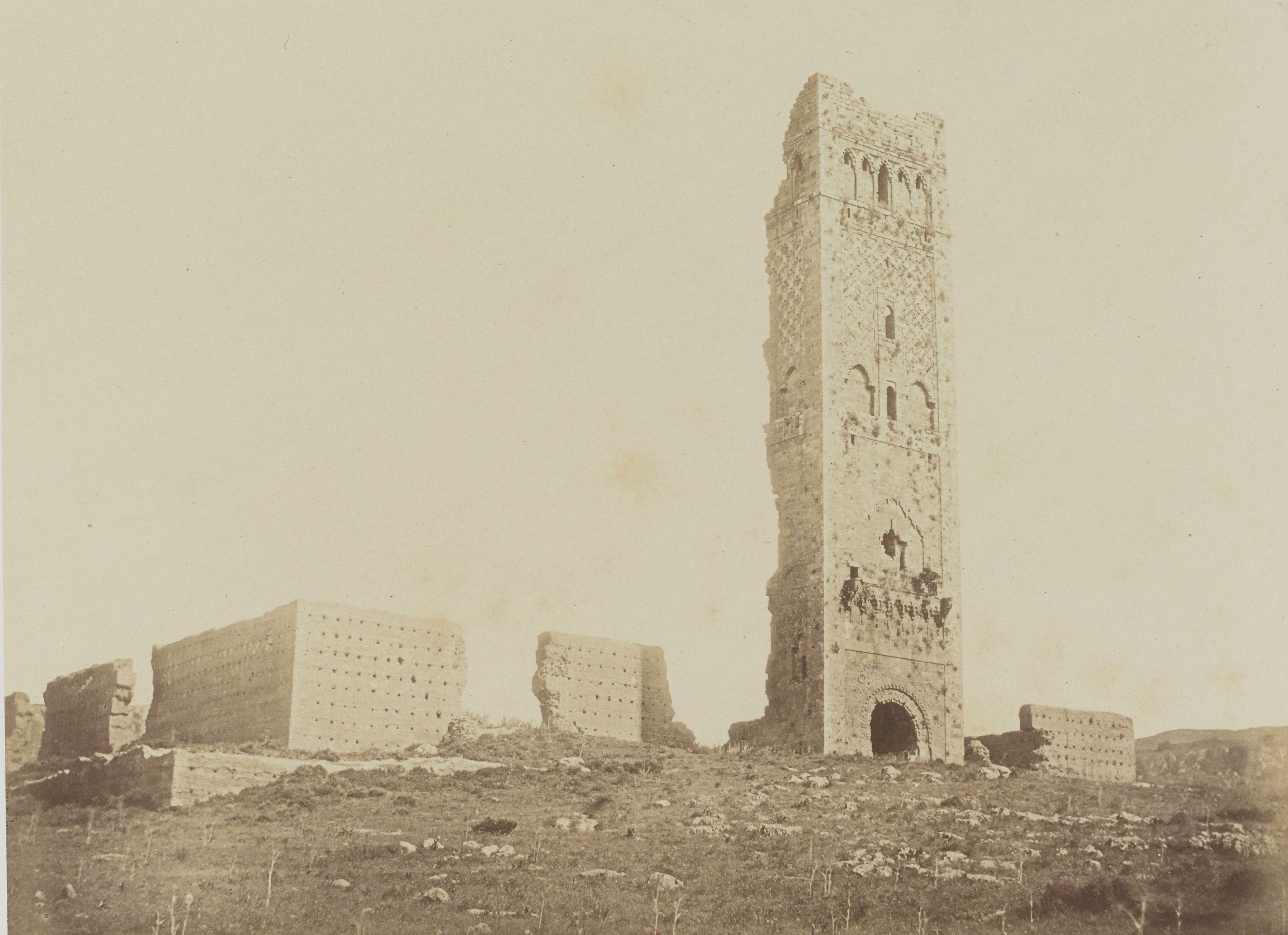 Руины Минарета Мансура