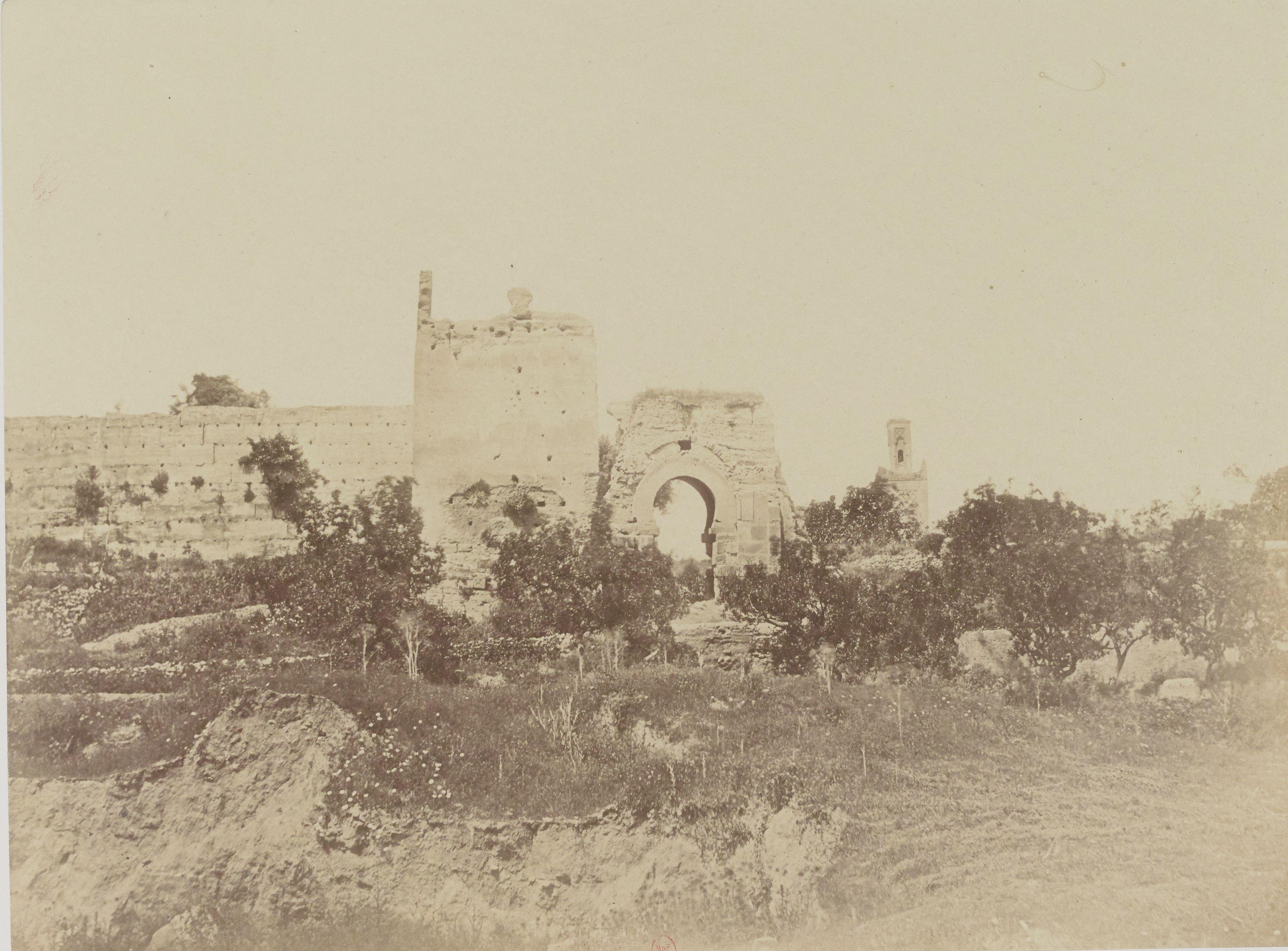 Ворота и минарет Агадира