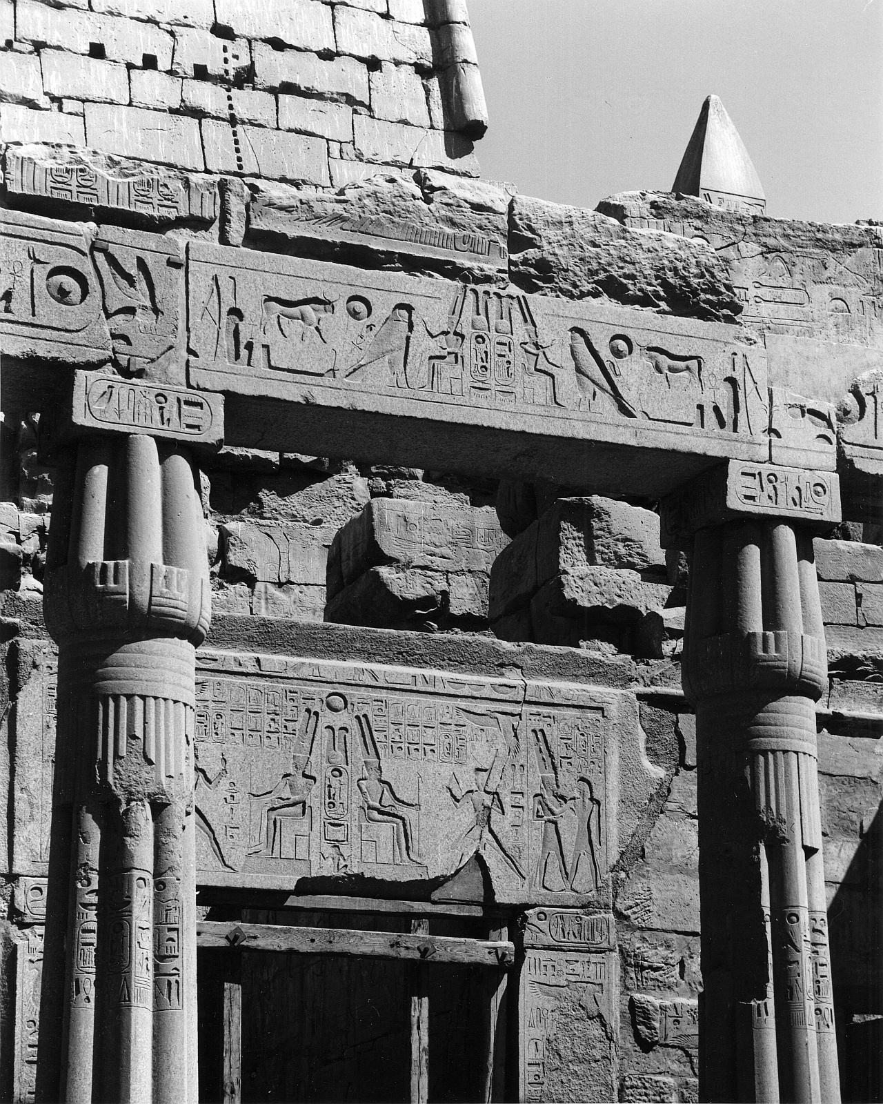 Луксор. Часовня Тутмоса III.
