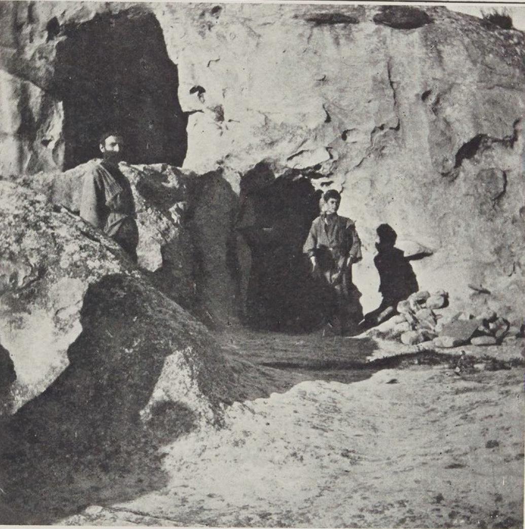 21. Окрестности Гори. Уплис-Цихе, подземный город